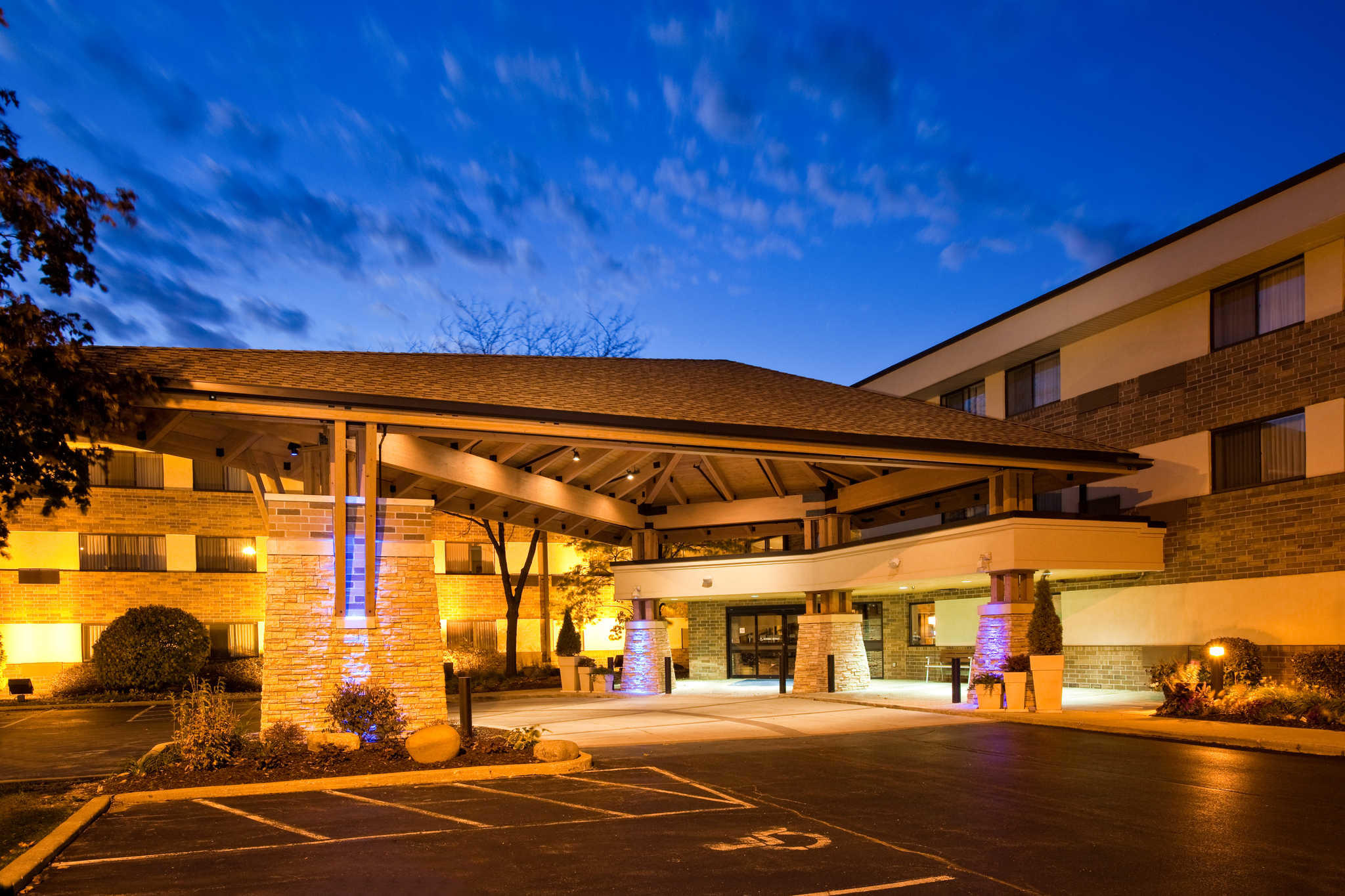 Hotels Near Arlington Heights Il