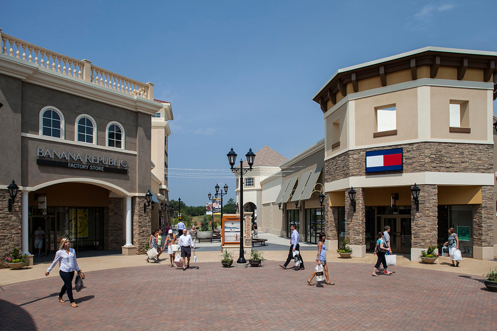 Enjoy shopping, great deals, sales and events at Charlotte Premium Outlets - save up to 25 - 65% off. Find more than 93 outlet stores locations and information about opening hours and directions at Charlotte Premium Outlets/5(1).