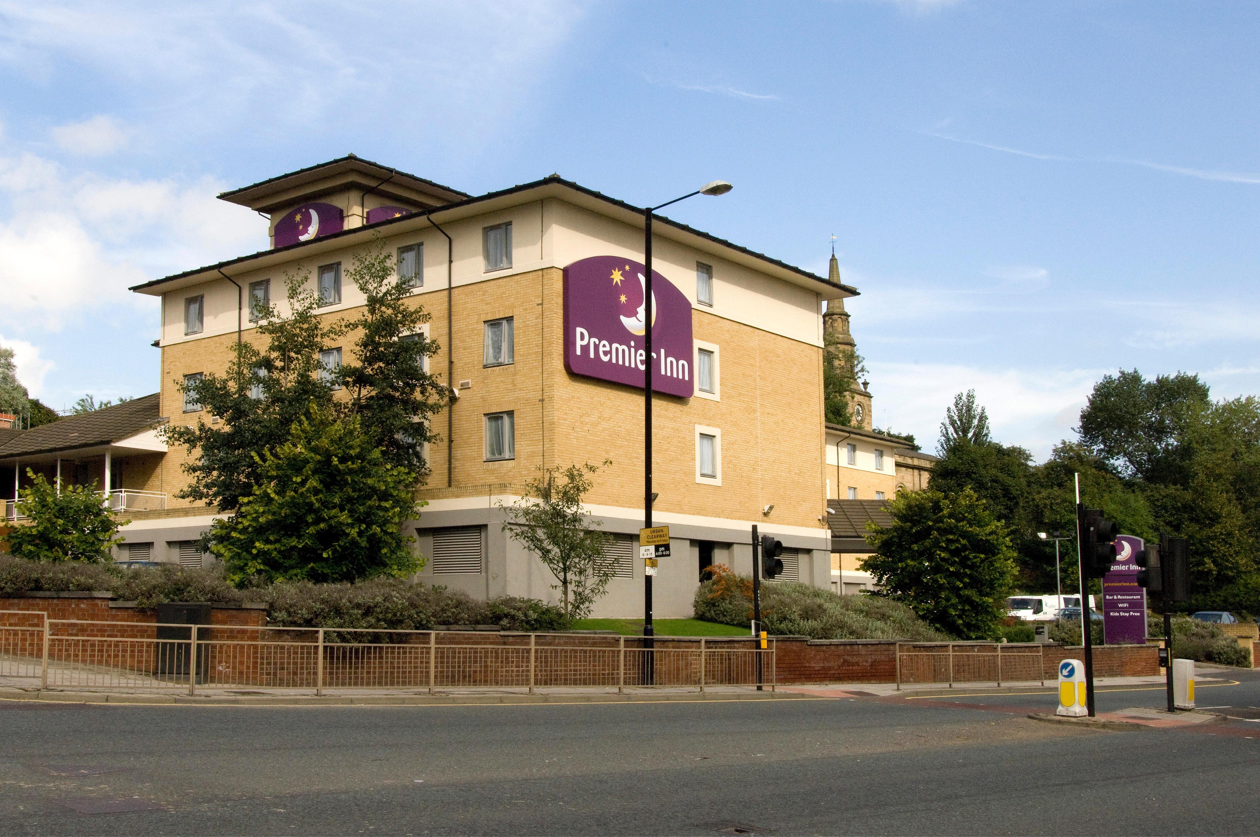Premier Inn Newcastle City Centre Millennium Bridge hotel