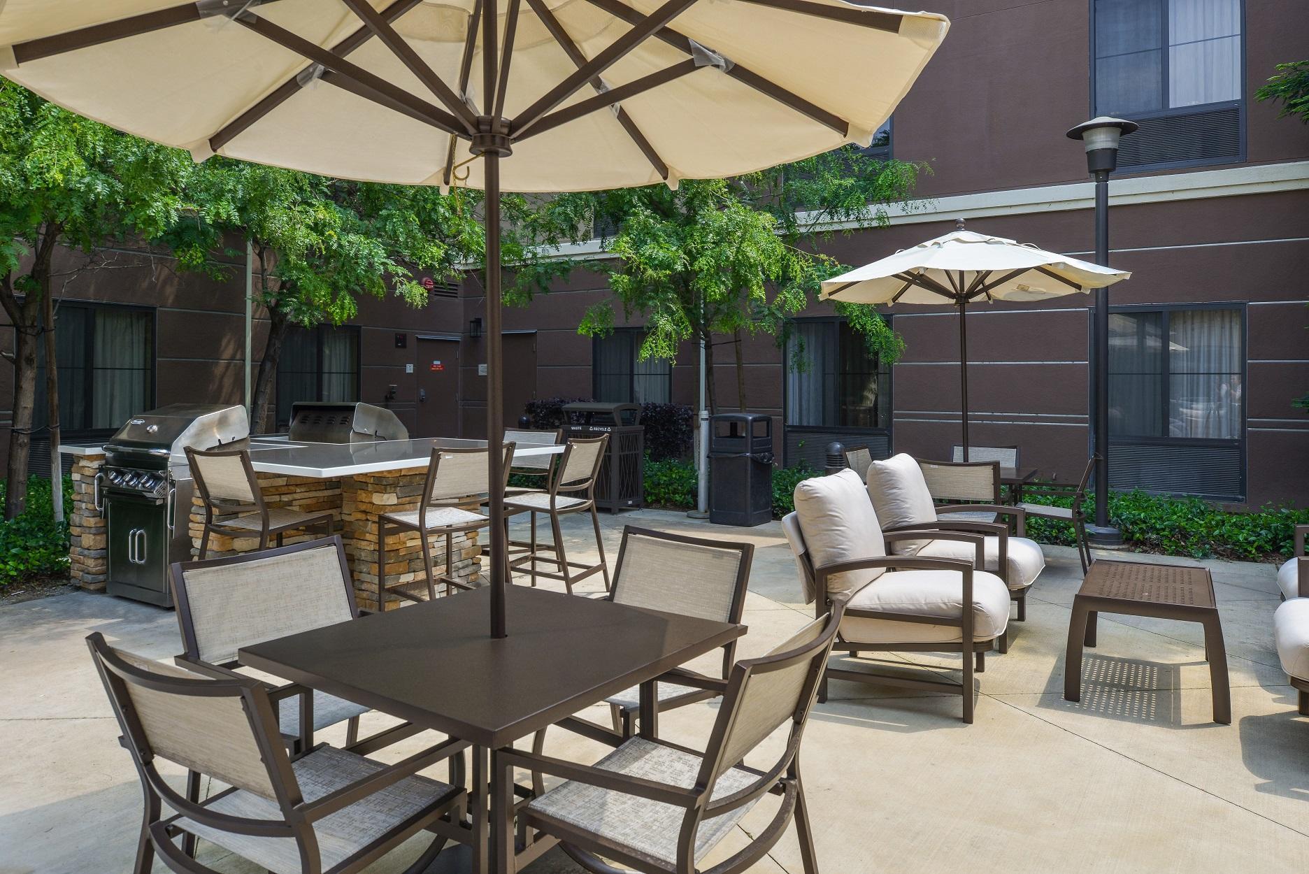 Homewood Suites By Hilton Fresno Fresno California Ca