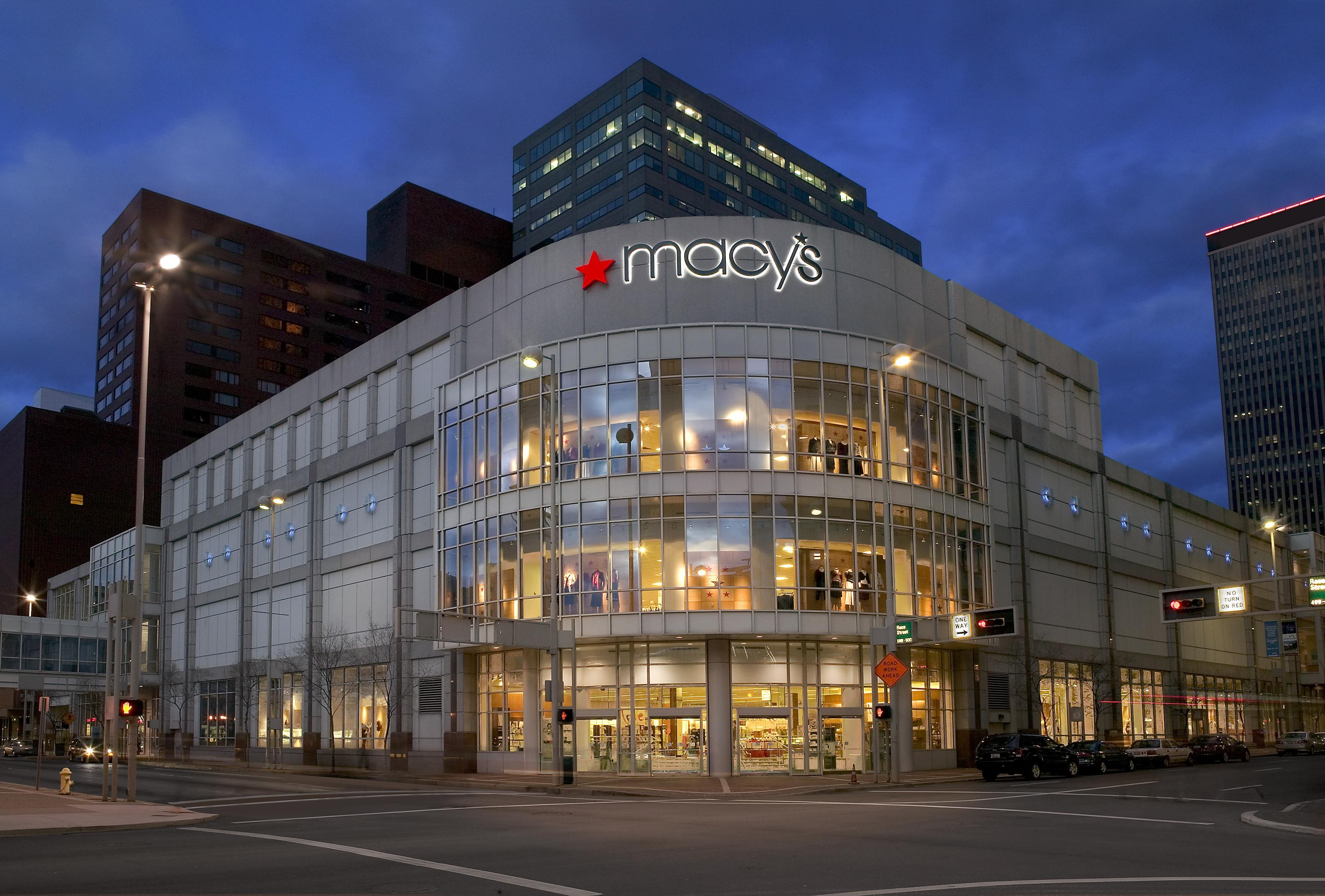 Macy's - Cincinnati, OH -
