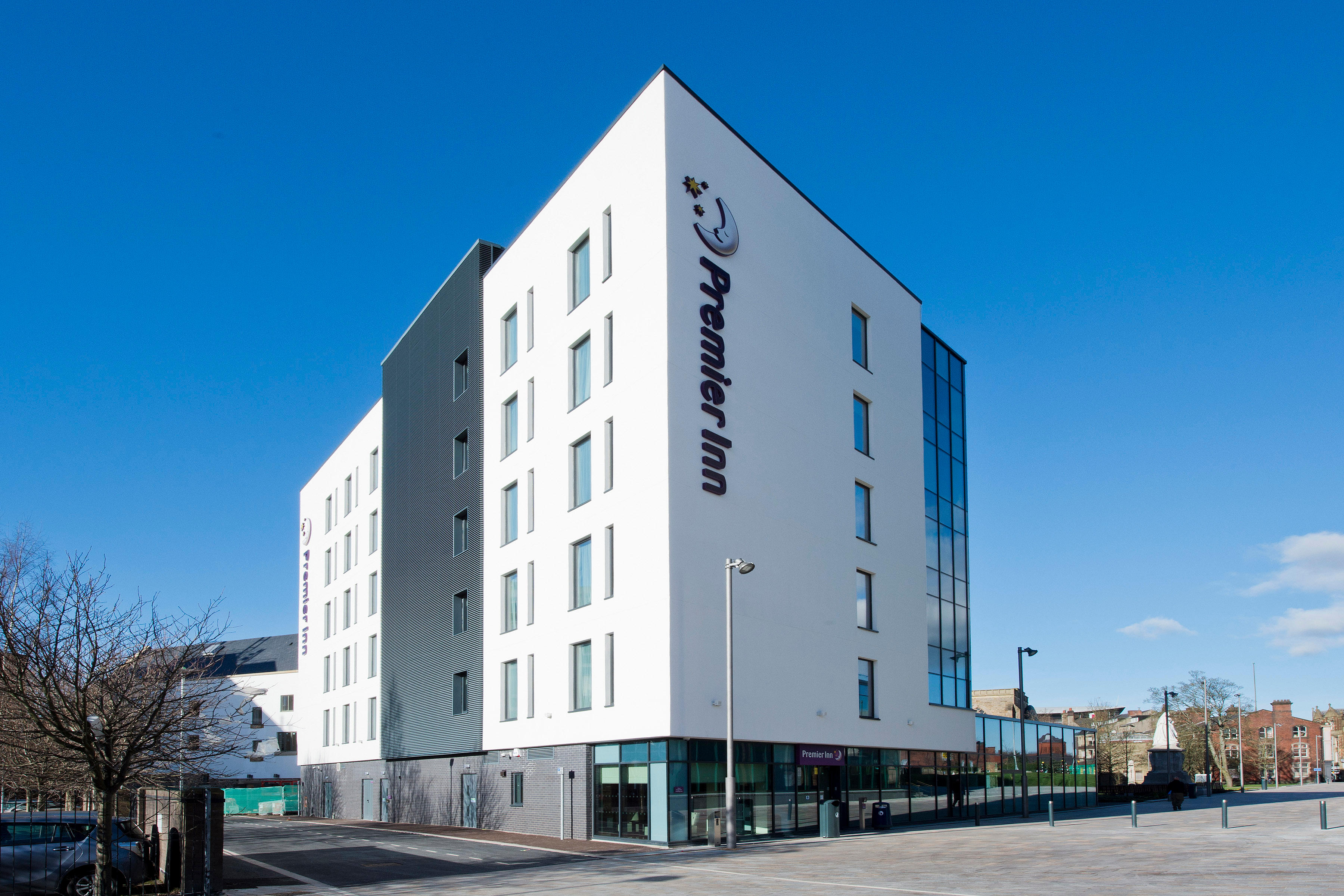 Blackburn Town Centre Premier Inn Blackburn Town Centre hotel Blackburn 03333 213081