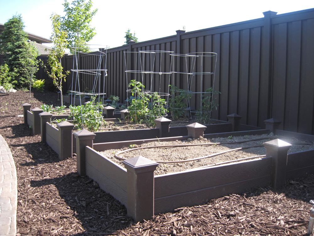 Stonehenge Fence & Deck image 6