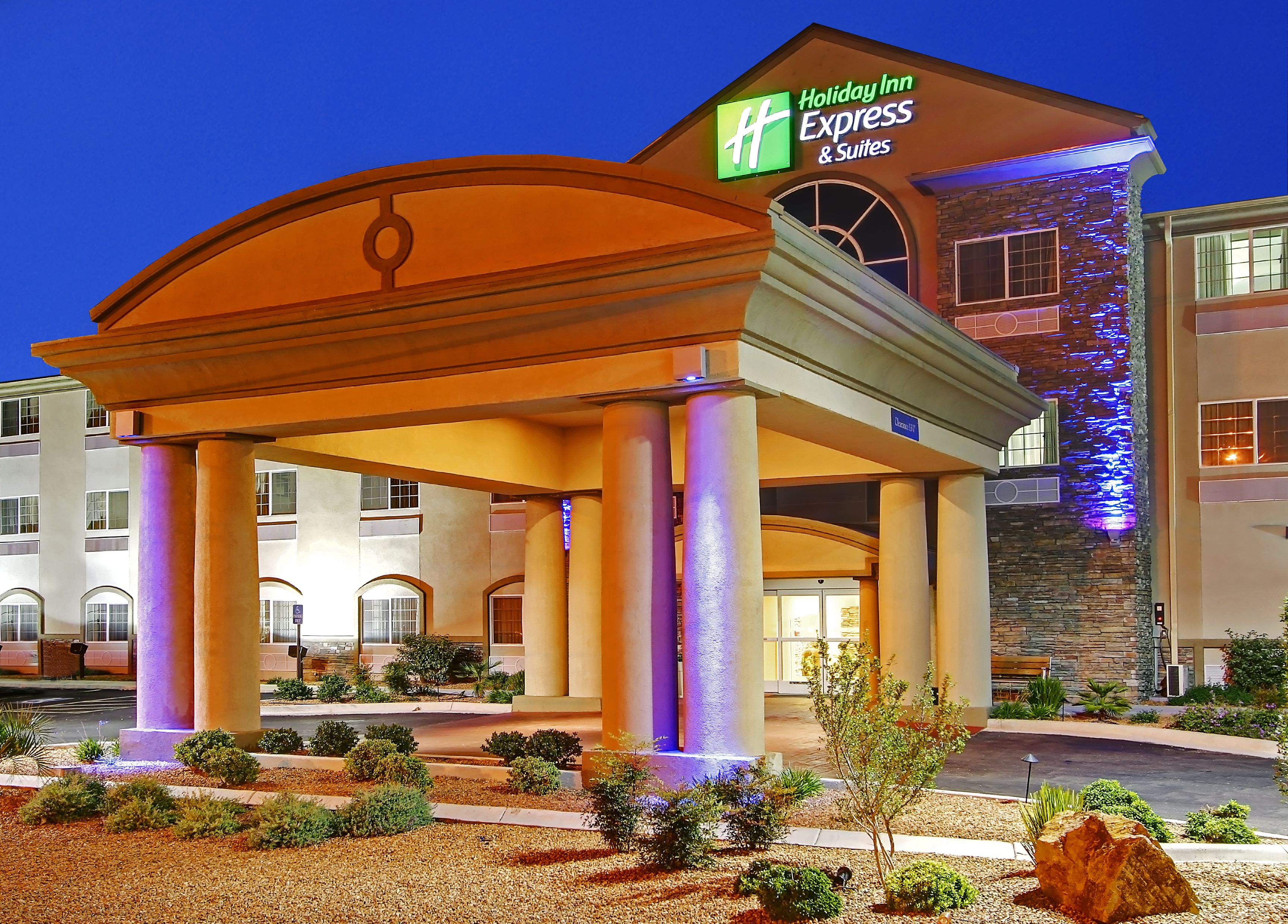holiday inn express suites cape girardeau i 55 in cape. Black Bedroom Furniture Sets. Home Design Ideas