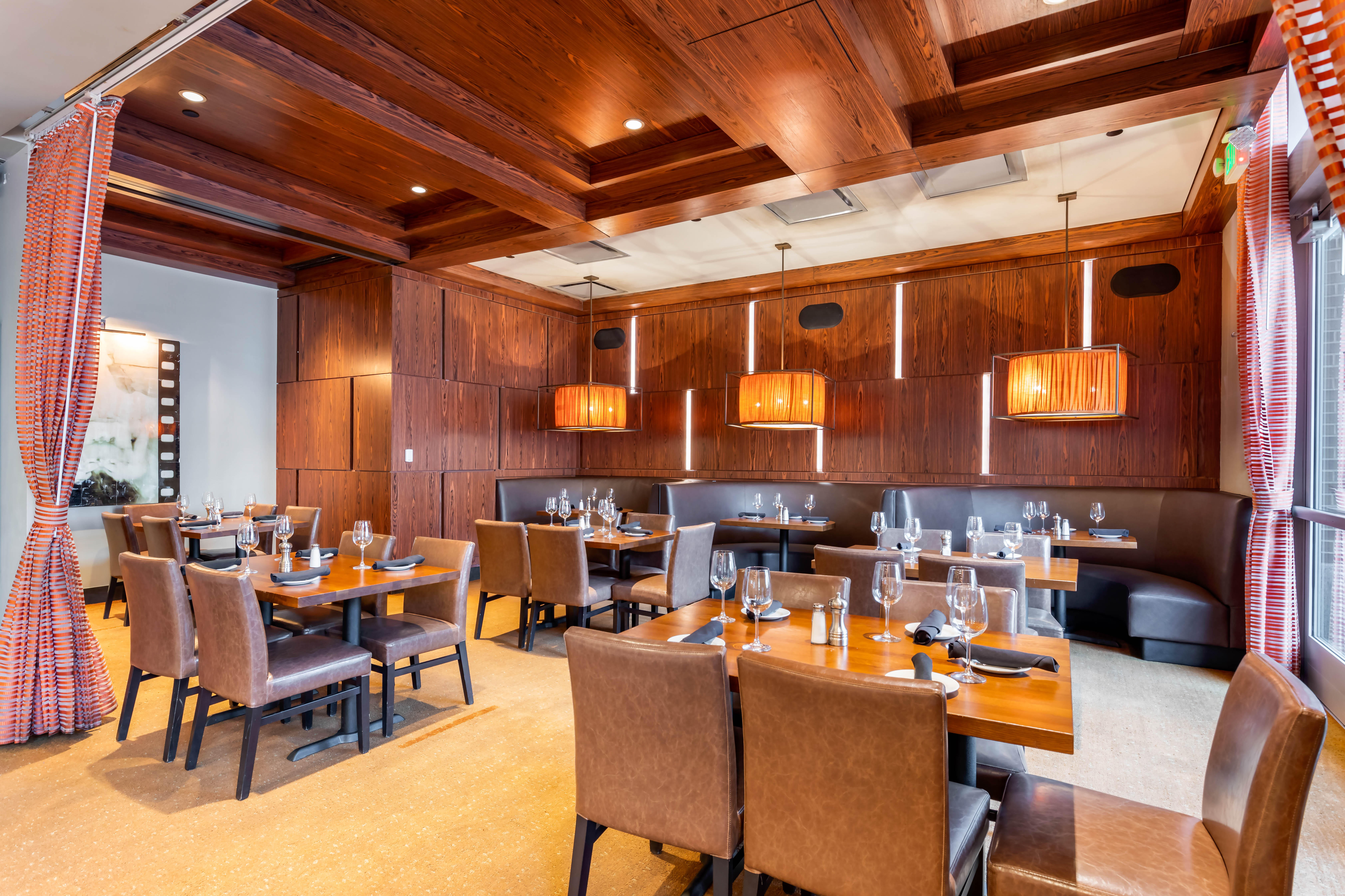 Del Frisco's Grille Fort Worth Cassidy Room group dining room