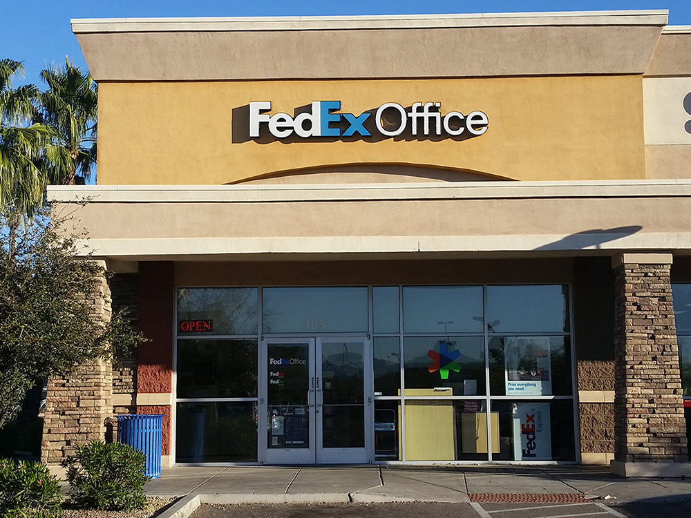 FedEx Office Culture. It's the people that make FedEx Office such a great place to work. It's a diverse group with different strengths that make up a stellar organization from our retail stores to our headquarters, and from Finance, Legal, HR, Field Operations and Sales.