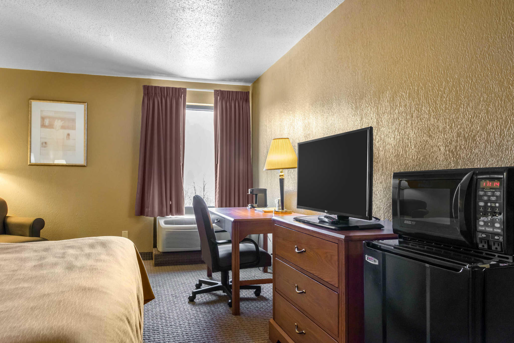 Quality Inn & Suites Coupons Johnstown PA near me   8coupons