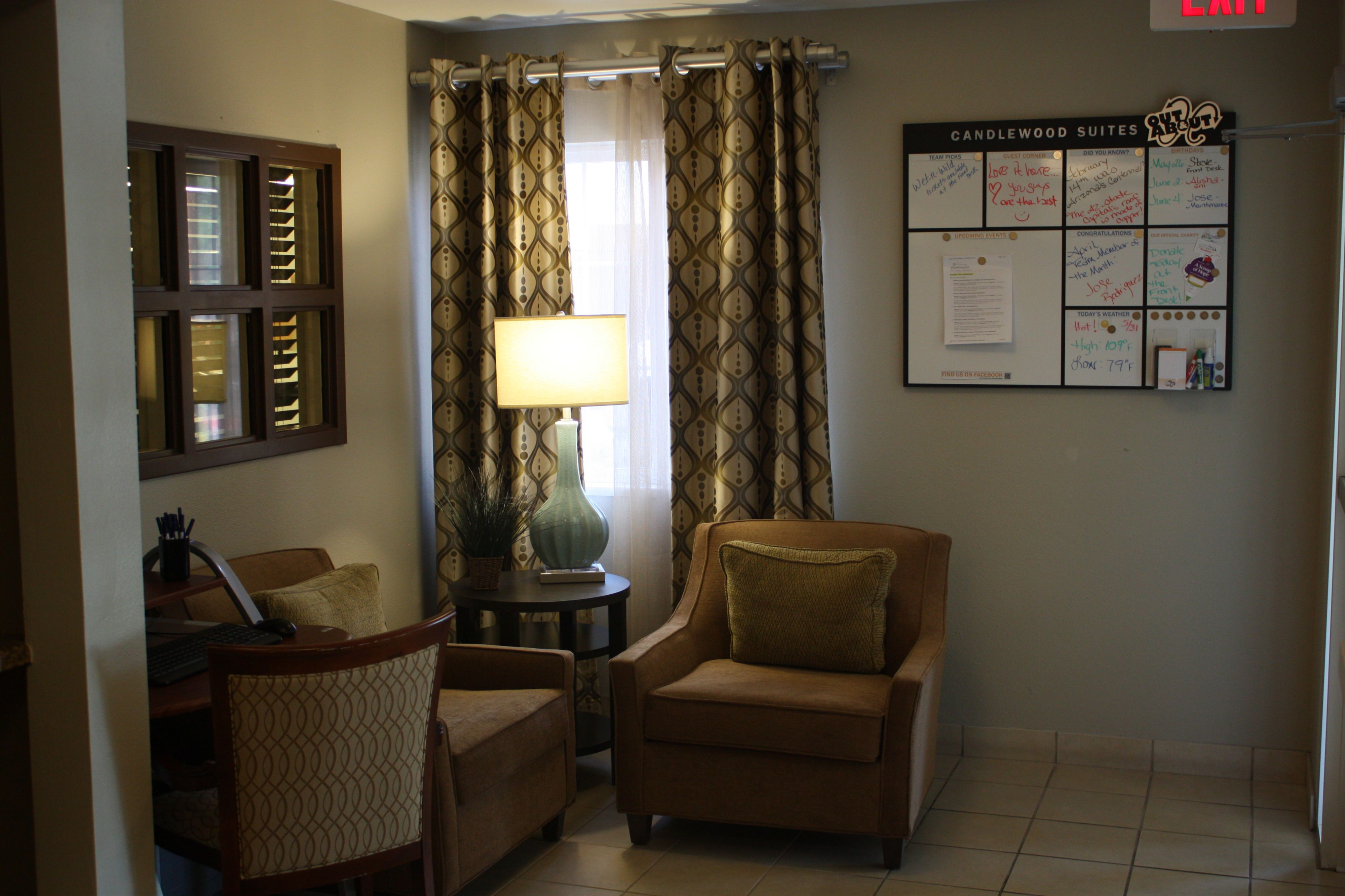 candlewood suites phoenix in phoenix az 85029. Black Bedroom Furniture Sets. Home Design Ideas