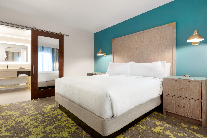 Embassy Suites by Hilton Boulder - Boulder, CO 80302 - (303)443-2600 | ShowMeLocal.com