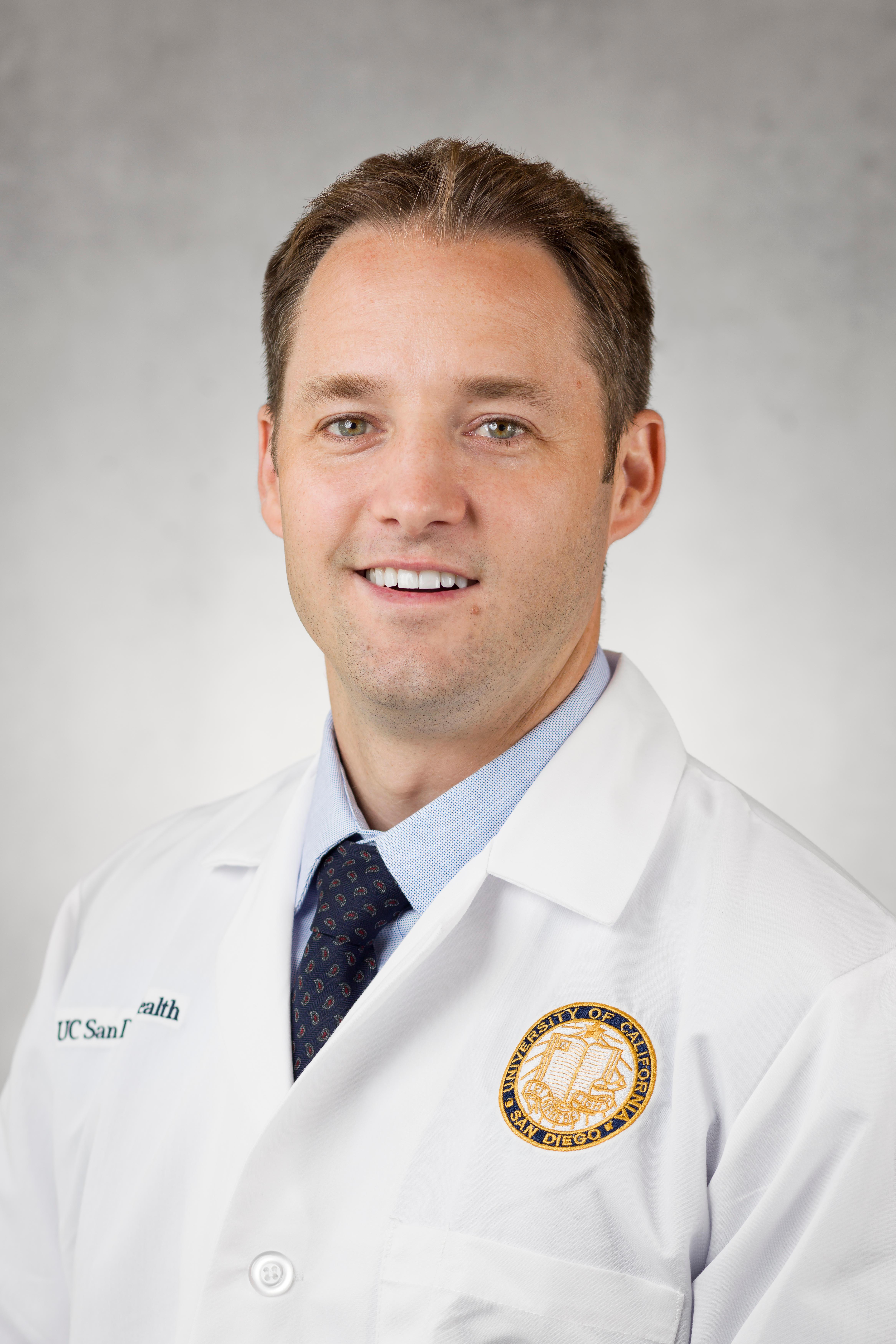 Iain J. Macewan, MD