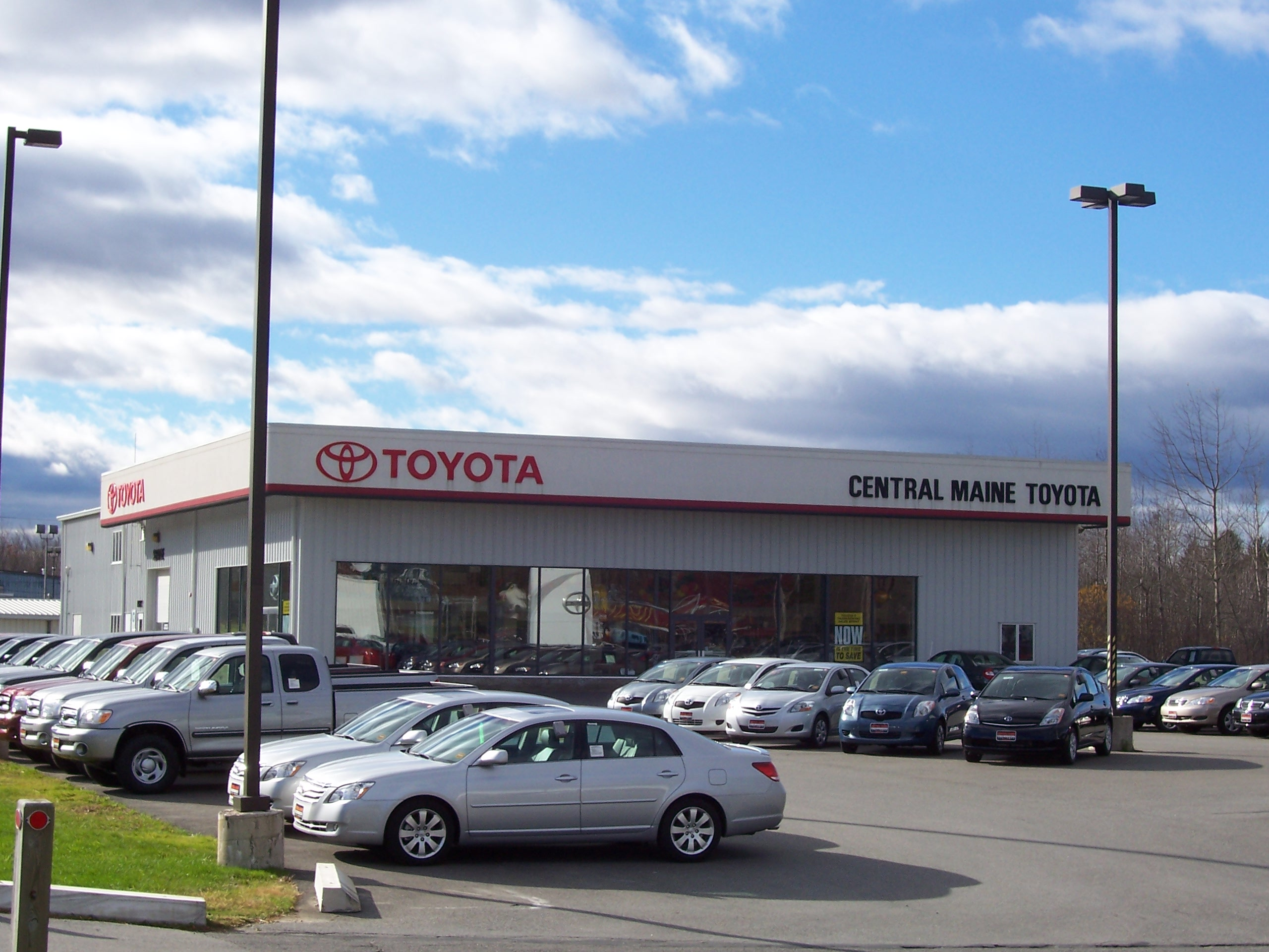 Central maine toyota 15 airport rd waterville me auto for Airport motors inc auburn al