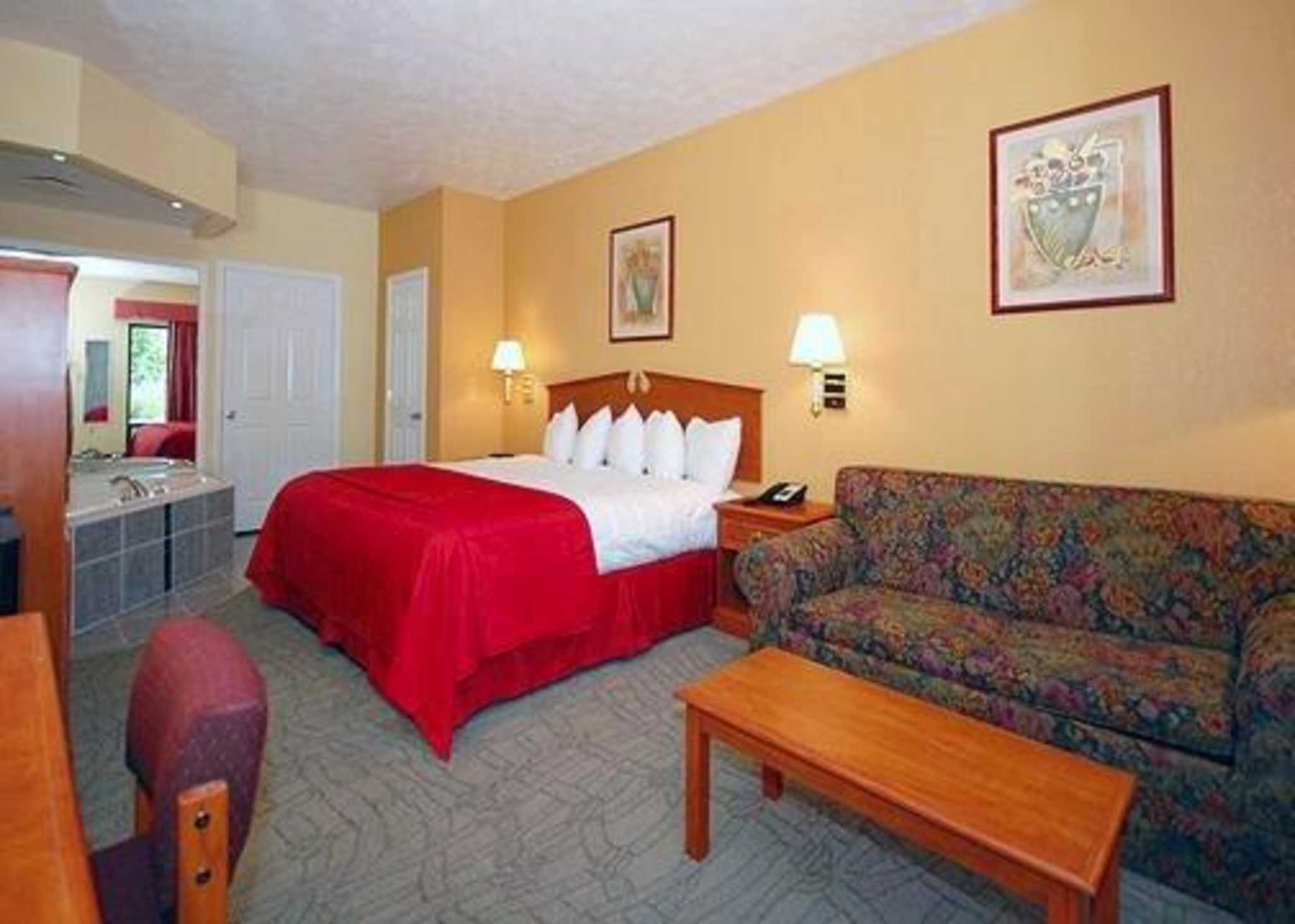 rodeway inn suites dickson tennessee tn. Black Bedroom Furniture Sets. Home Design Ideas