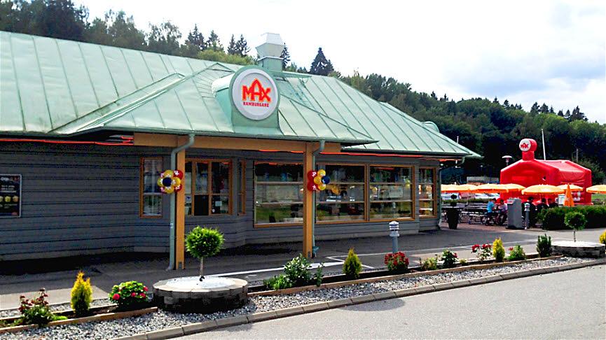 Roros Pizzeria Grill Kebab Restaurants in Södertälje