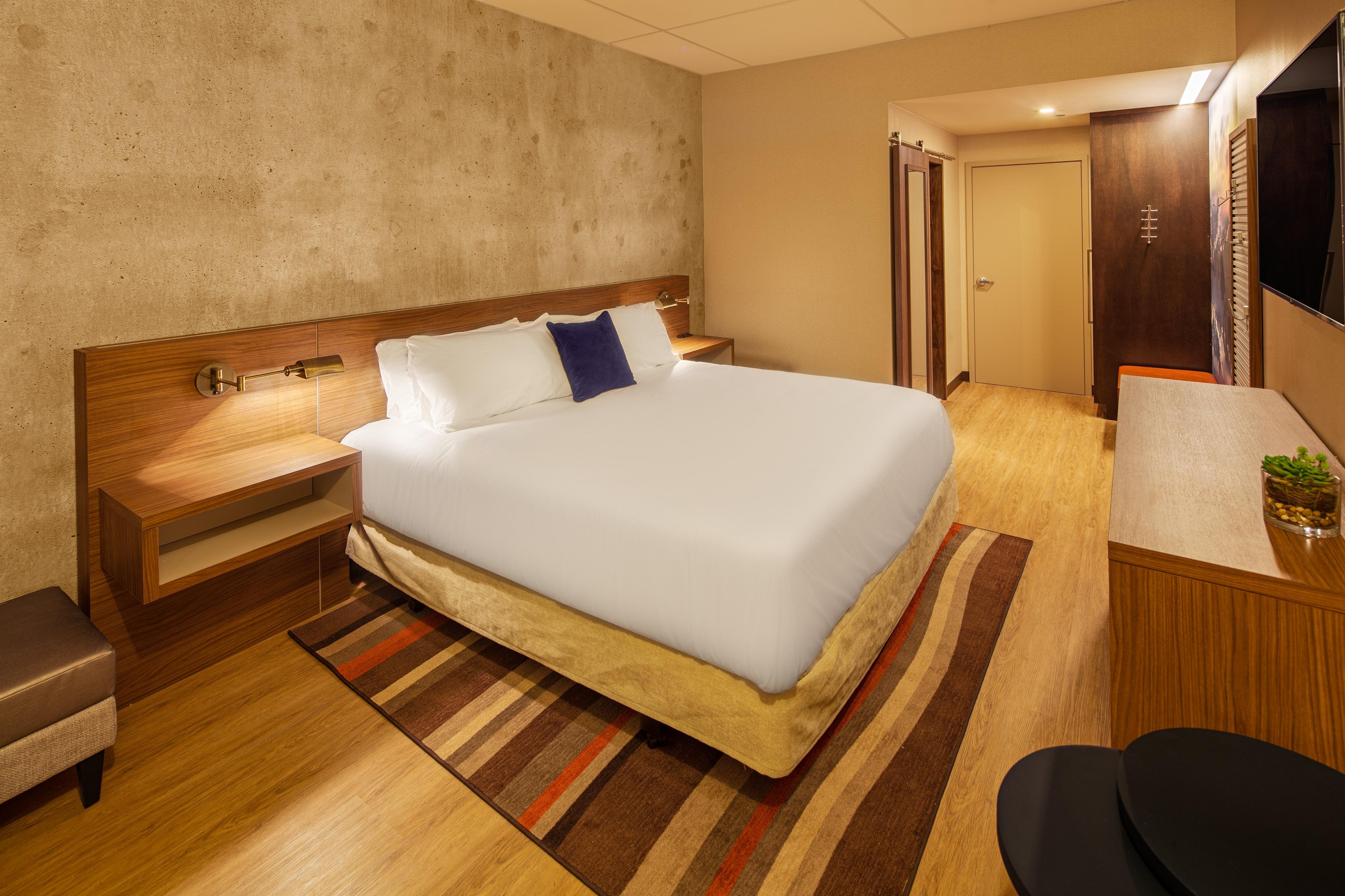 red lion hotel atlanta airport in college park ga. Black Bedroom Furniture Sets. Home Design Ideas