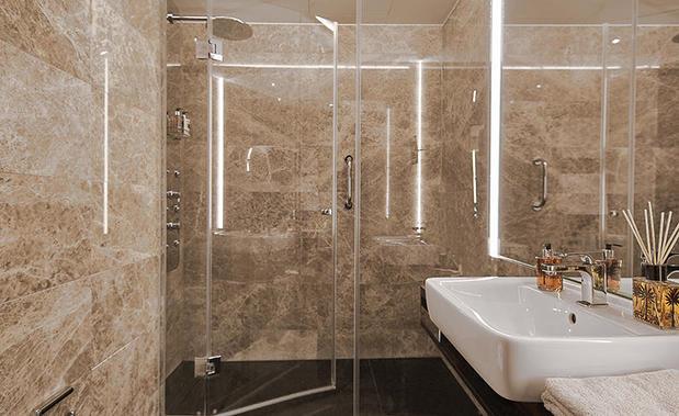 living hotel das viktualienmarkt 80469 m nchen altstadt ffnungszeiten adresse telefon. Black Bedroom Furniture Sets. Home Design Ideas