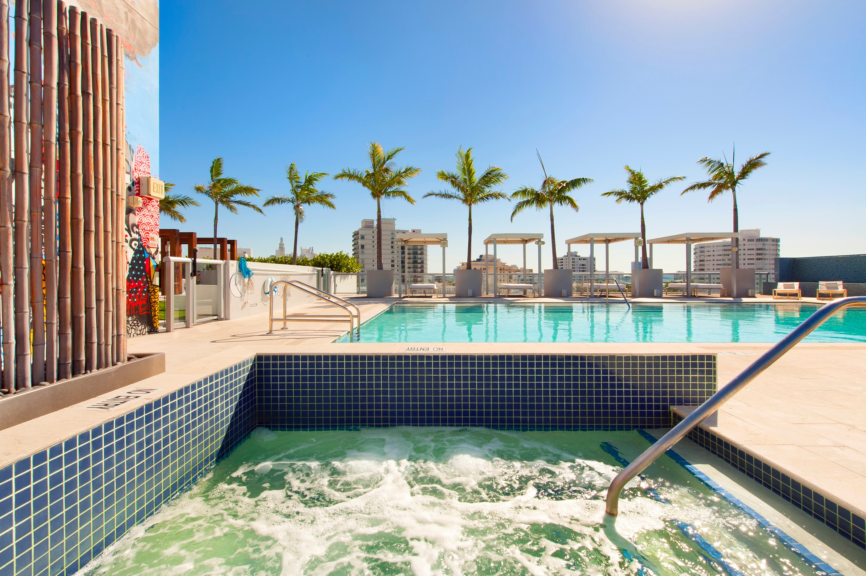Miami Beach Convention Center Hotels Walking Distance
