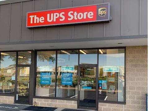 The Ups Store Charlottesville Shipping Packing Printing And