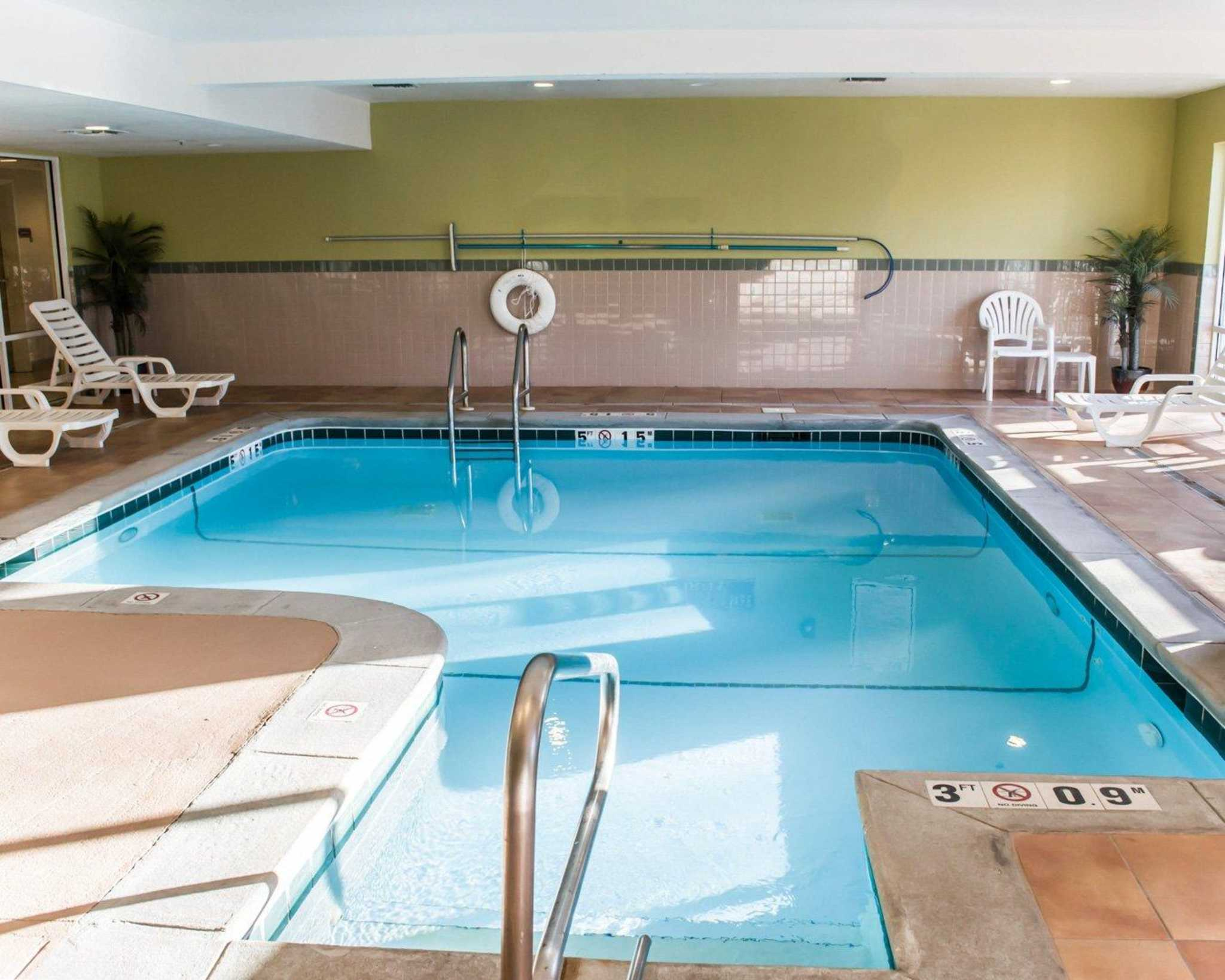 Comfort Suites Foley - North Gulf Shores, Foley Alabama ...
