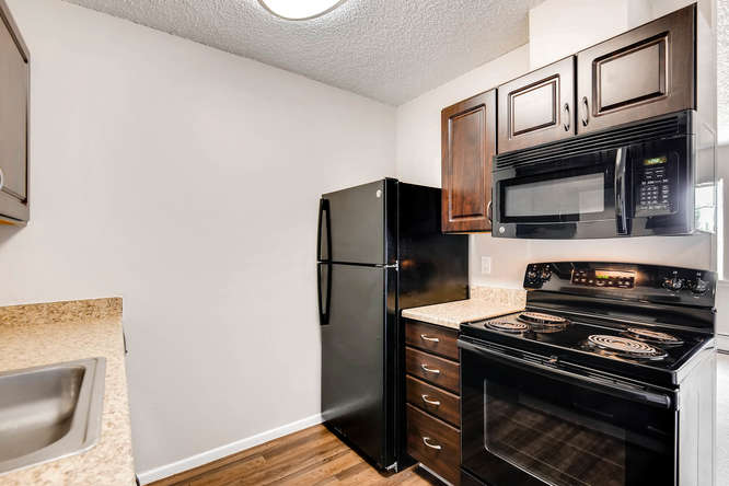 Village Of Yorkshire Apartments Thornton Co Reviews