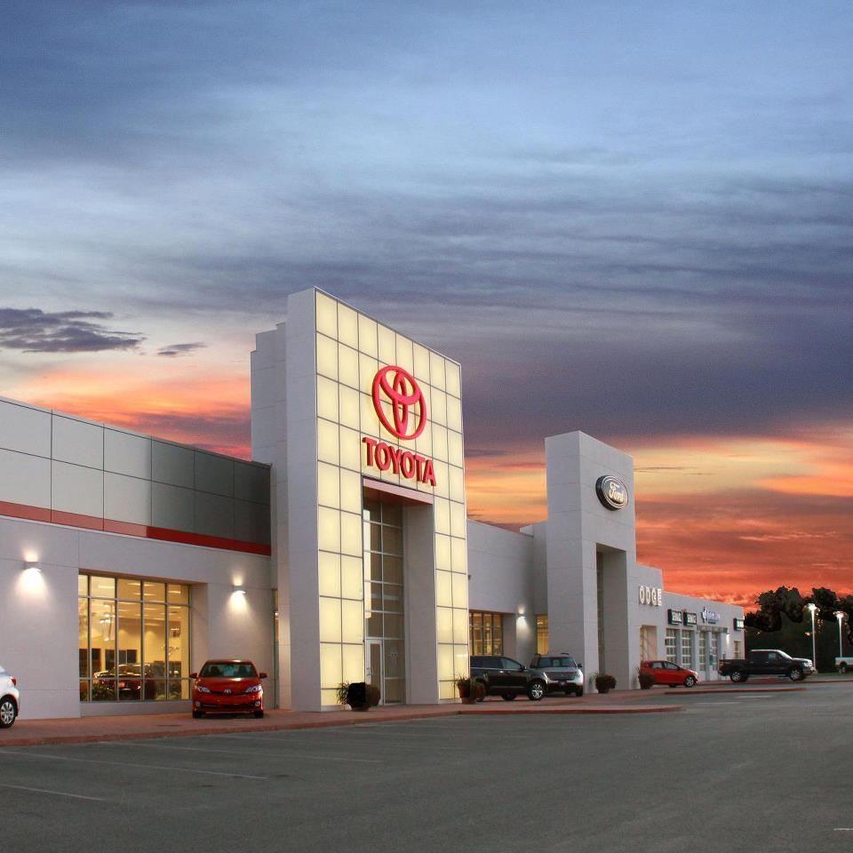 Fort Dodge Ford Lincoln Toyota In Fort Dodge, IA 50501