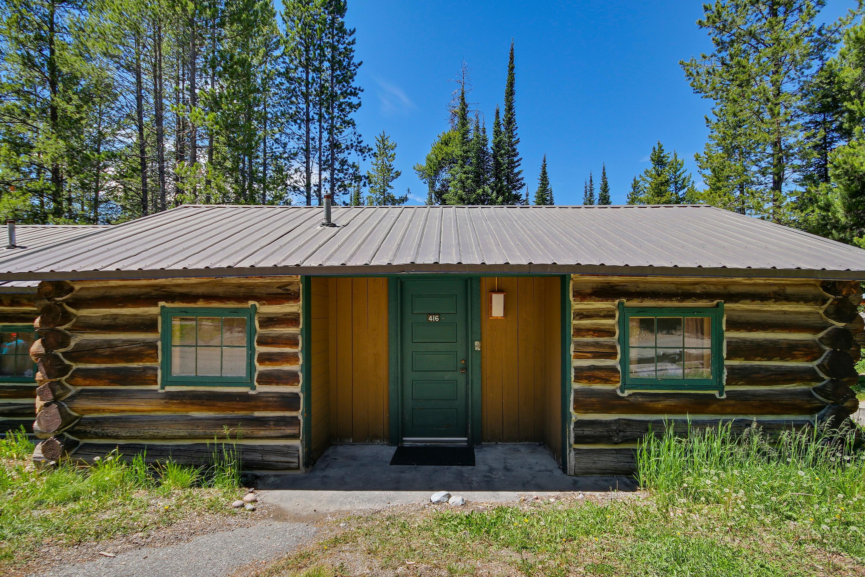 Colter bay village moran wyoming wy for Teton cabin rentals