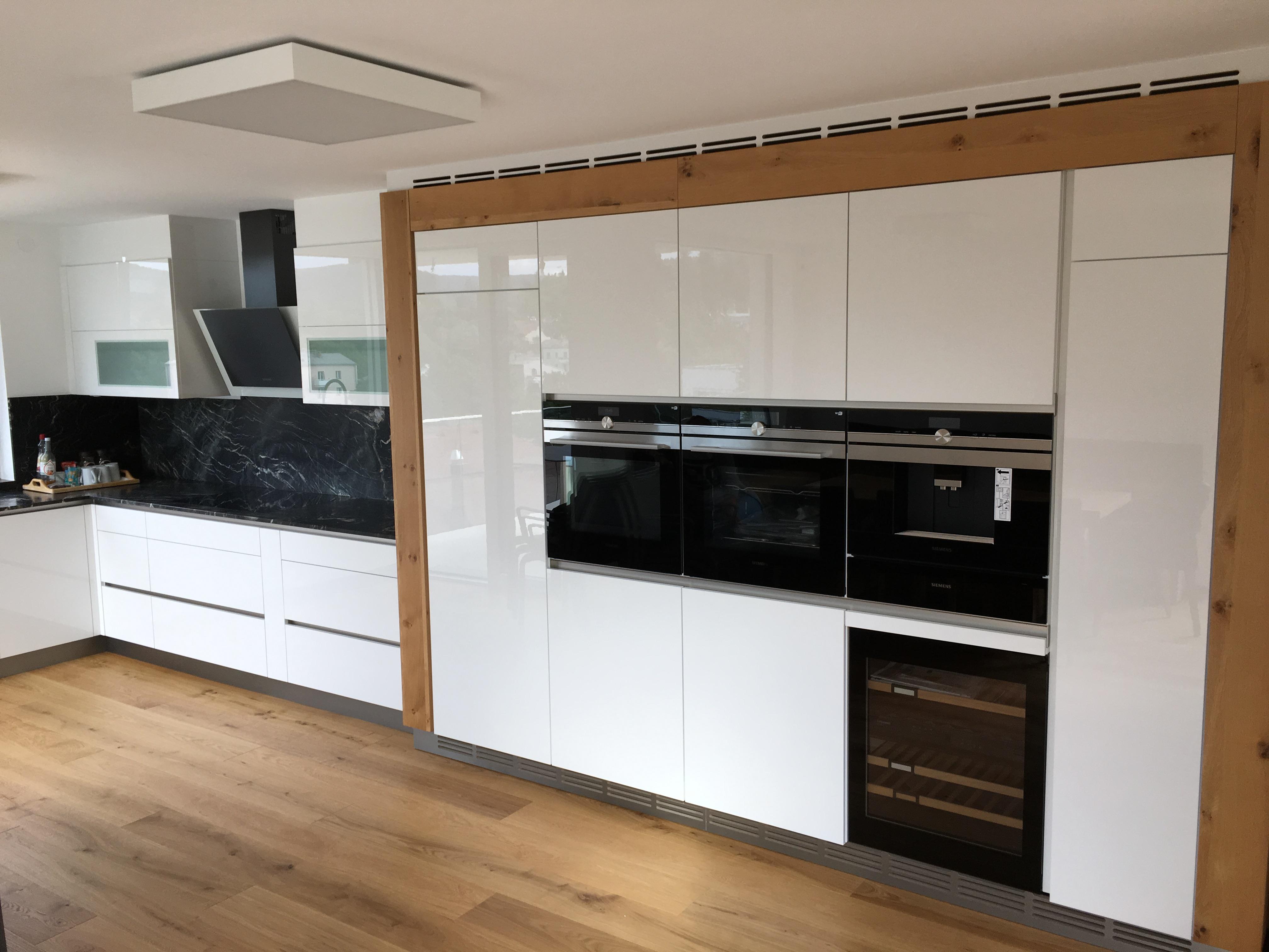 walzer manfred gmbh tischlerei m bel montage instandsetzung gro weikersdorf sterreich. Black Bedroom Furniture Sets. Home Design Ideas