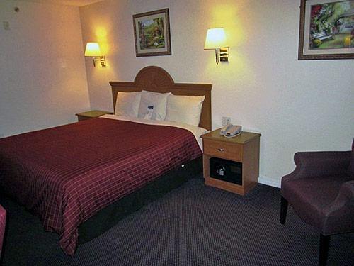 Motel 6 Hutchins Tx image 4