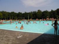 Sportcentrum De Biezem Zwembad / Sporthal