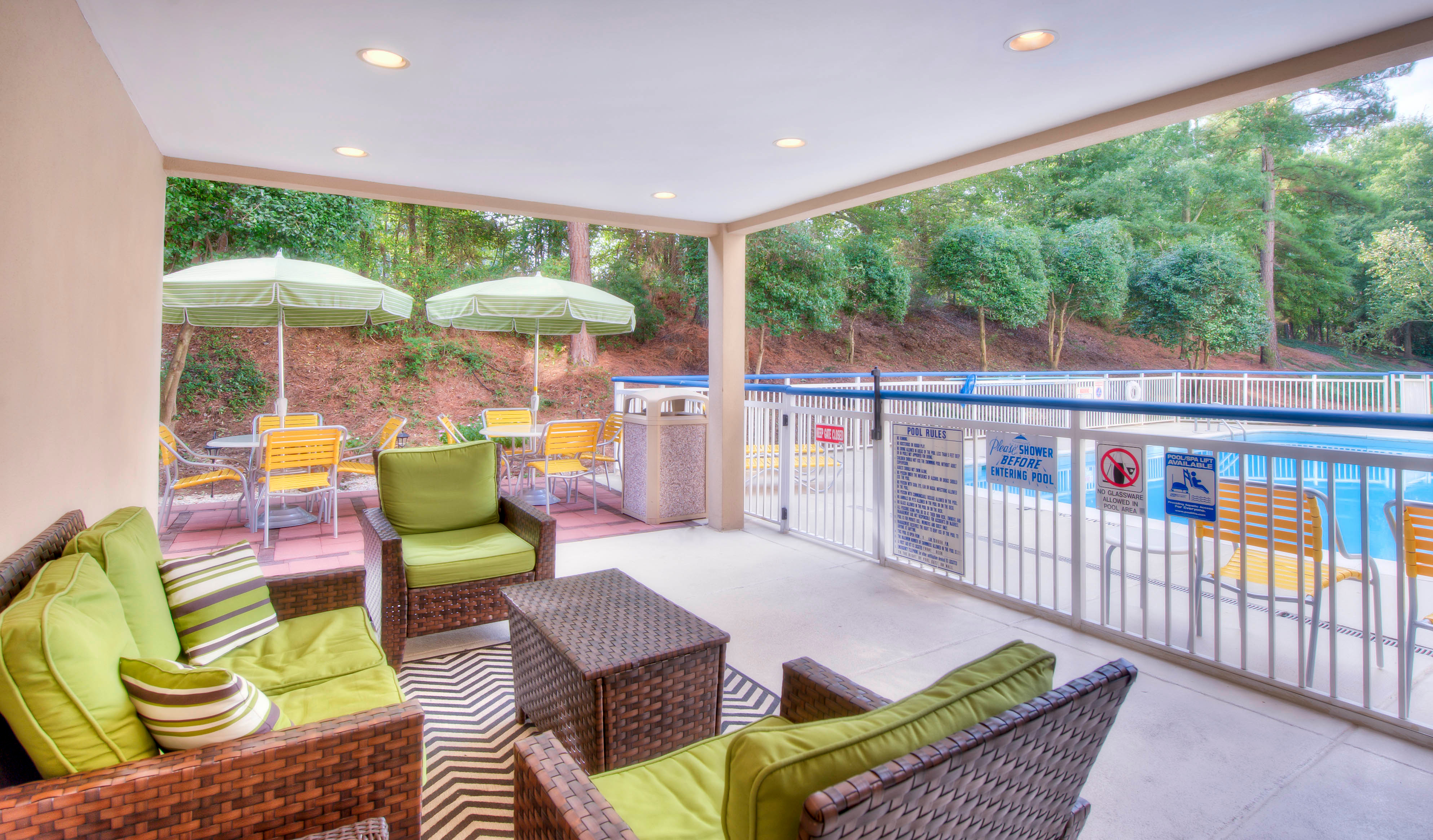 Fairfield Inn Suites By Marriott Raleigh Crabtree Valley Raleigh North Carolina Nc