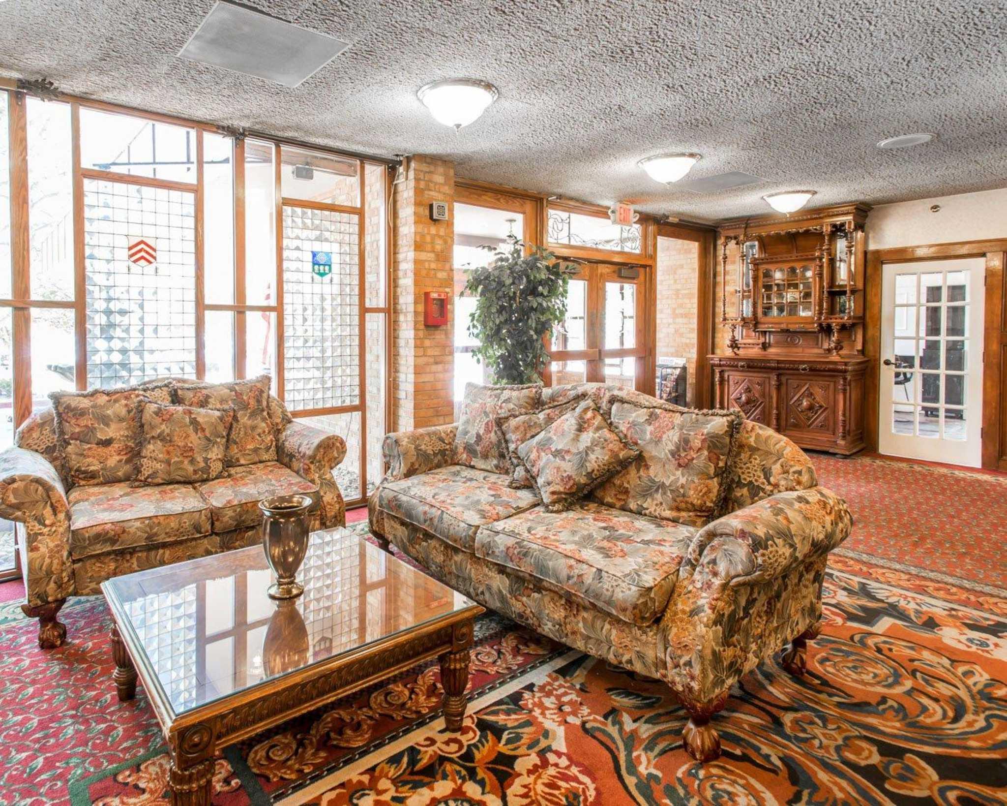 Rodeway inn suites boulder broker boulder colorado co - Millennium home design fort wayne ...