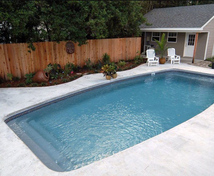 Gulfstream pools spas in covington la swimming pool for Swimming pool dealers