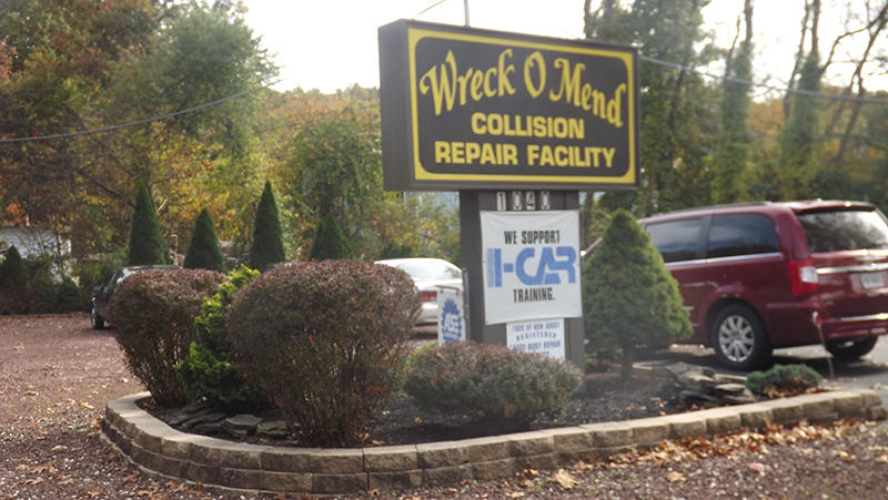 Wreck o mend auto body in freehold nj 07728 for Freehold motor vehicle agency