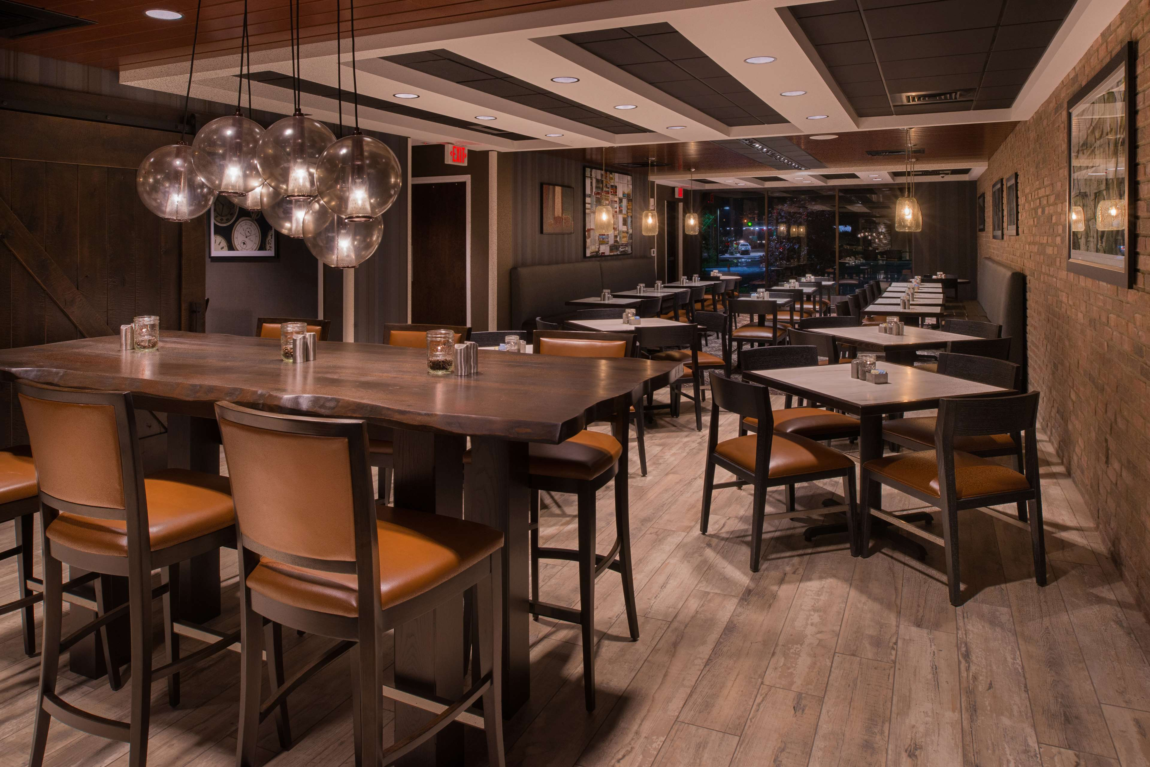 Doubletree by hilton raleigh crabtree valley raleigh - Hilton garden inn raleigh crabtree ...