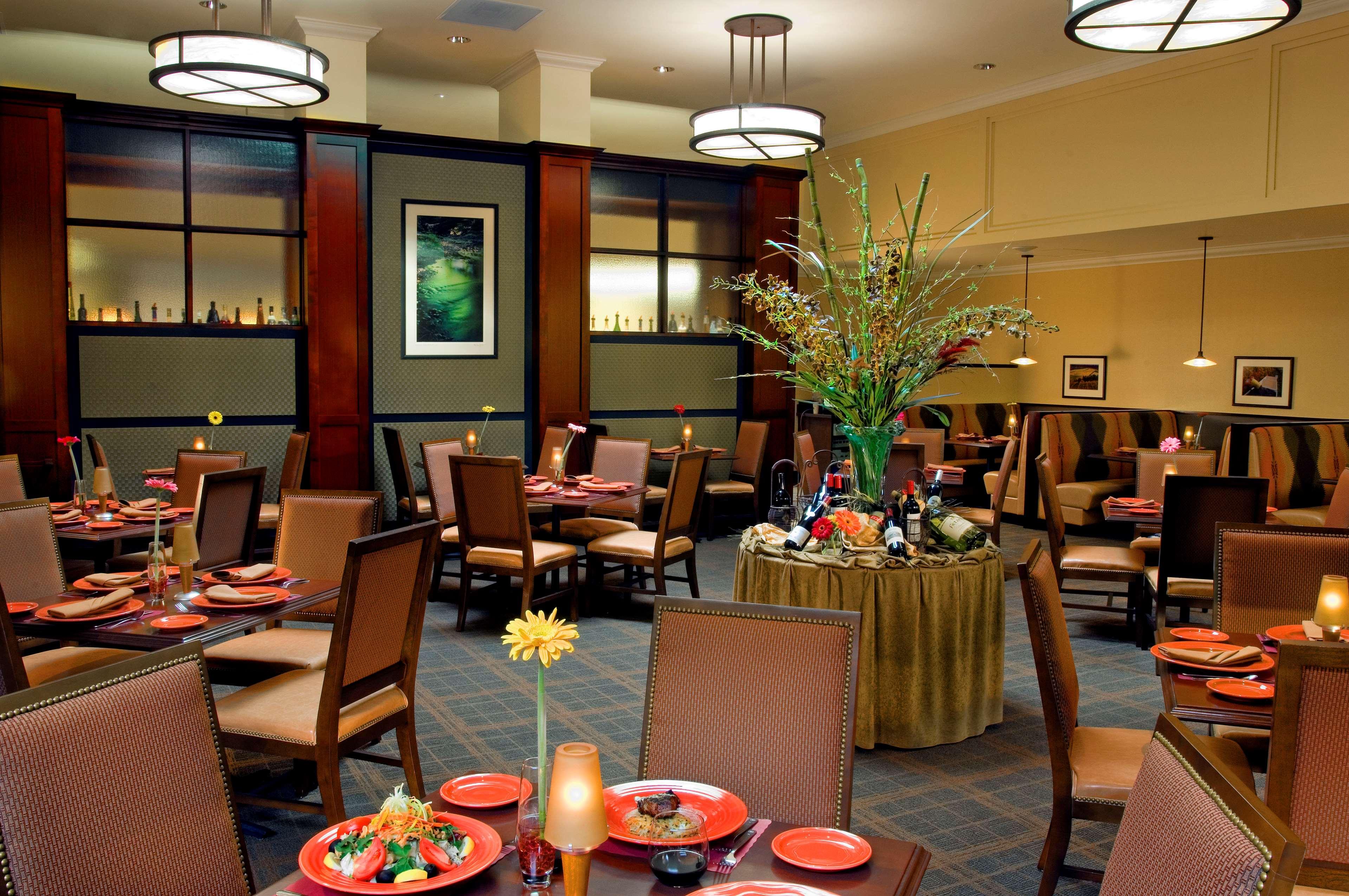 sheraton portland airport hotel portland oregon or. Black Bedroom Furniture Sets. Home Design Ideas