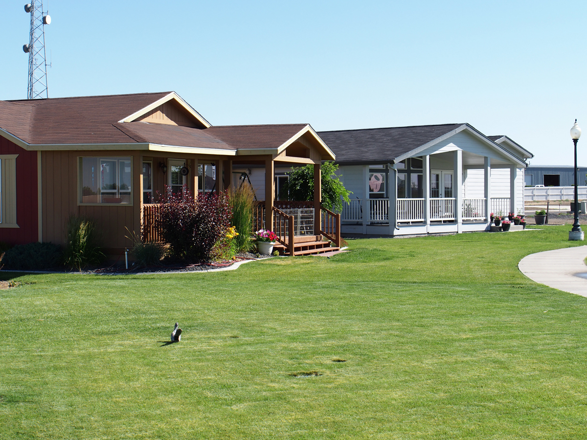 The Lakes Mobile Home Park Coupons near me in Moses Lake ...