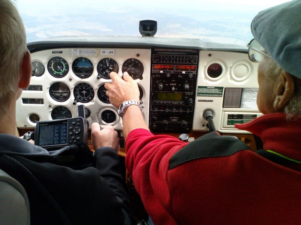 AC-FLY s.r.o. - letecká škola