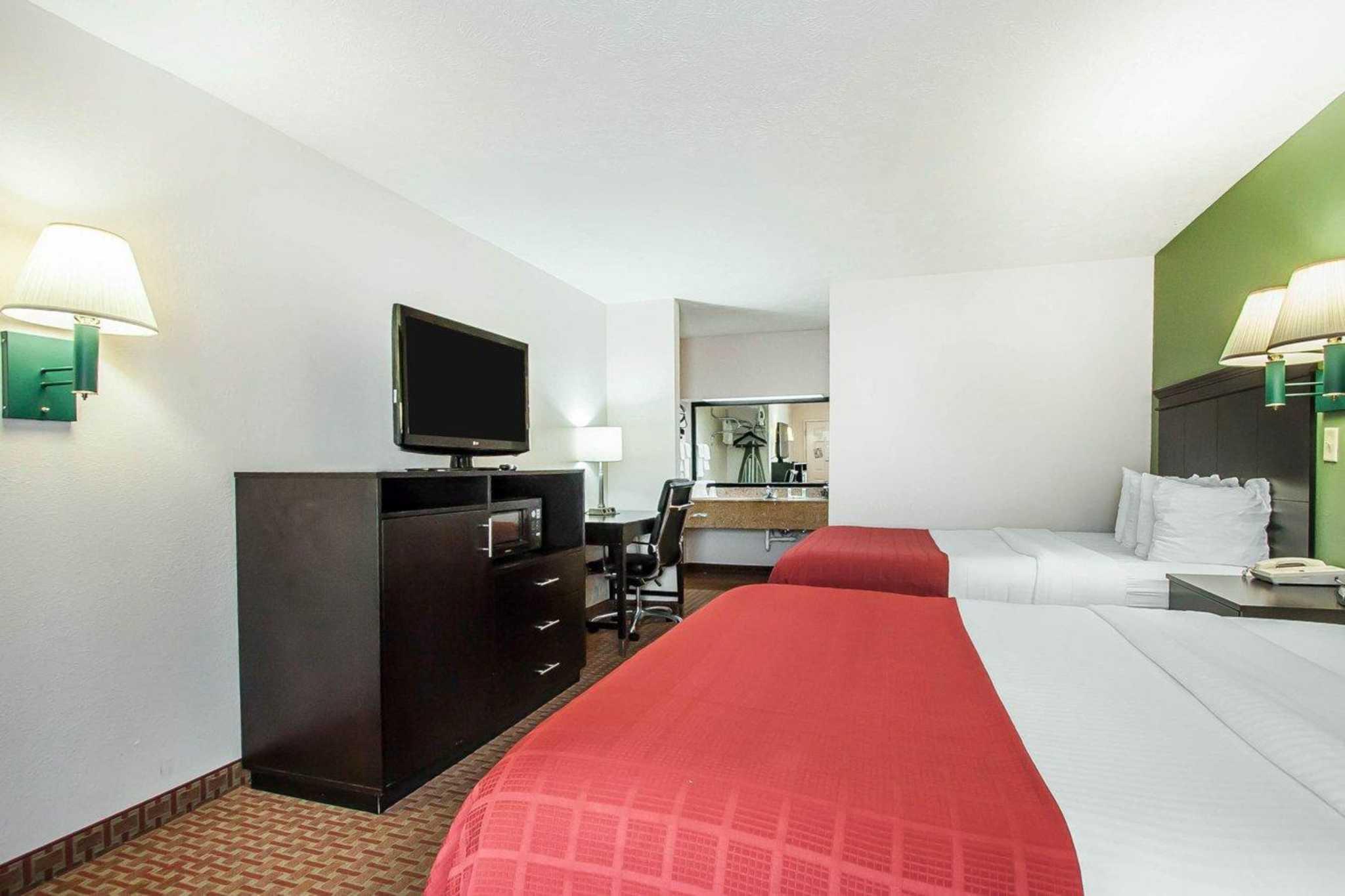 Hotels Near Savannah Tn