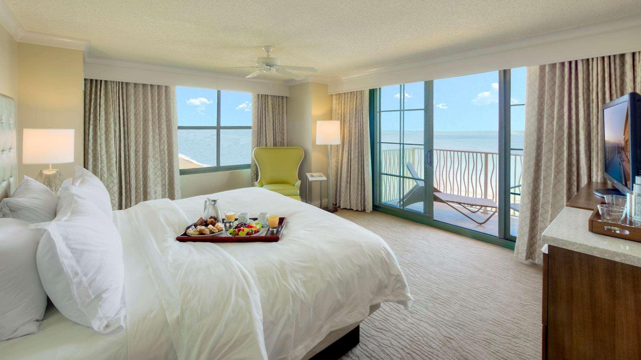 King Corner Ocean View Room