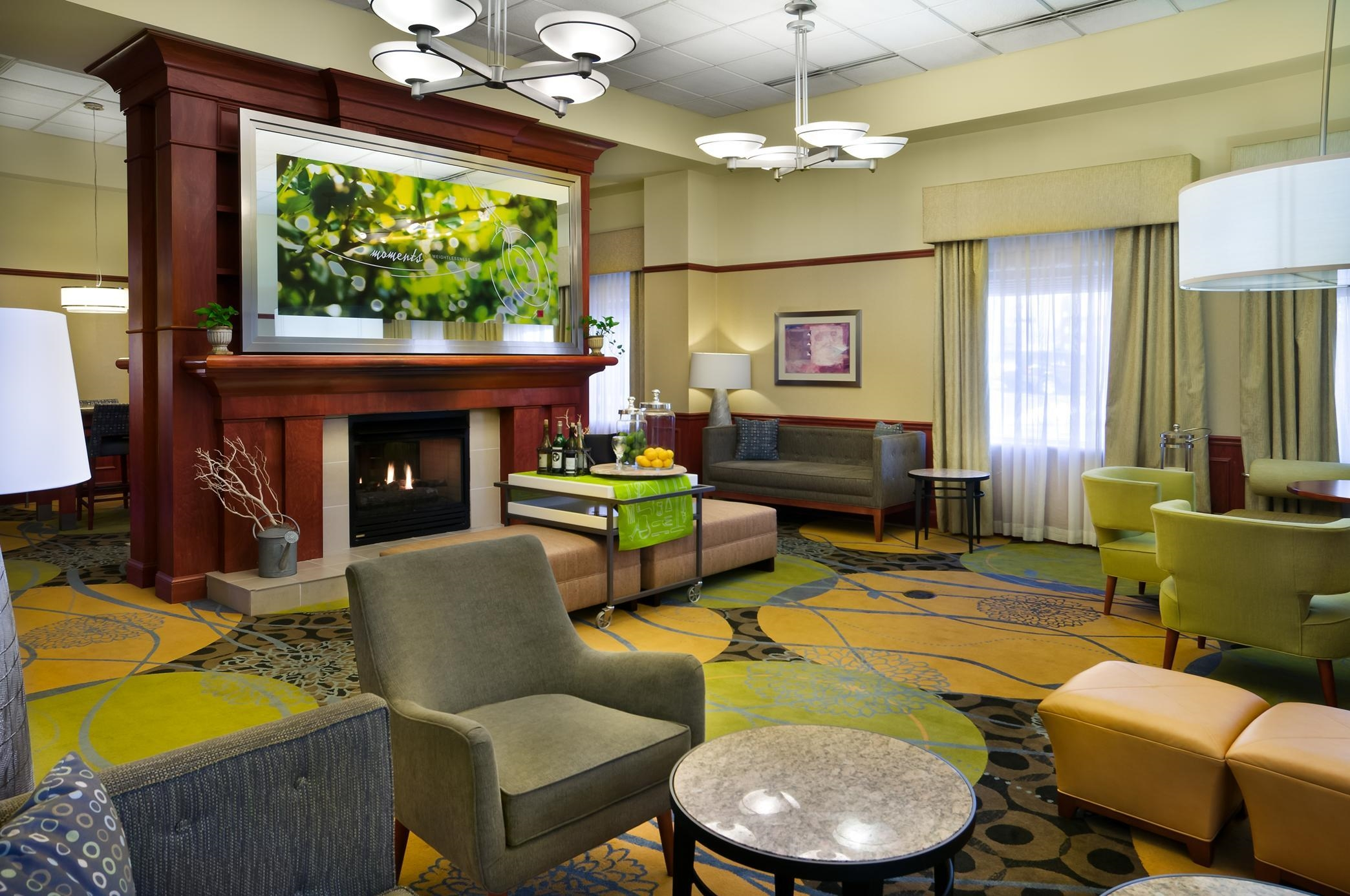 Hilton Garden Inn Detroit Downtown Coupons Near Me In Detroit 8coupons