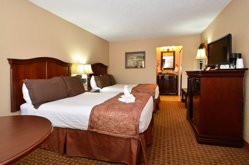 A Branson Resort, The Village at Indian Point Resort offers first class accommodation & service for the fisherman & family visiting Branson, Missouri.