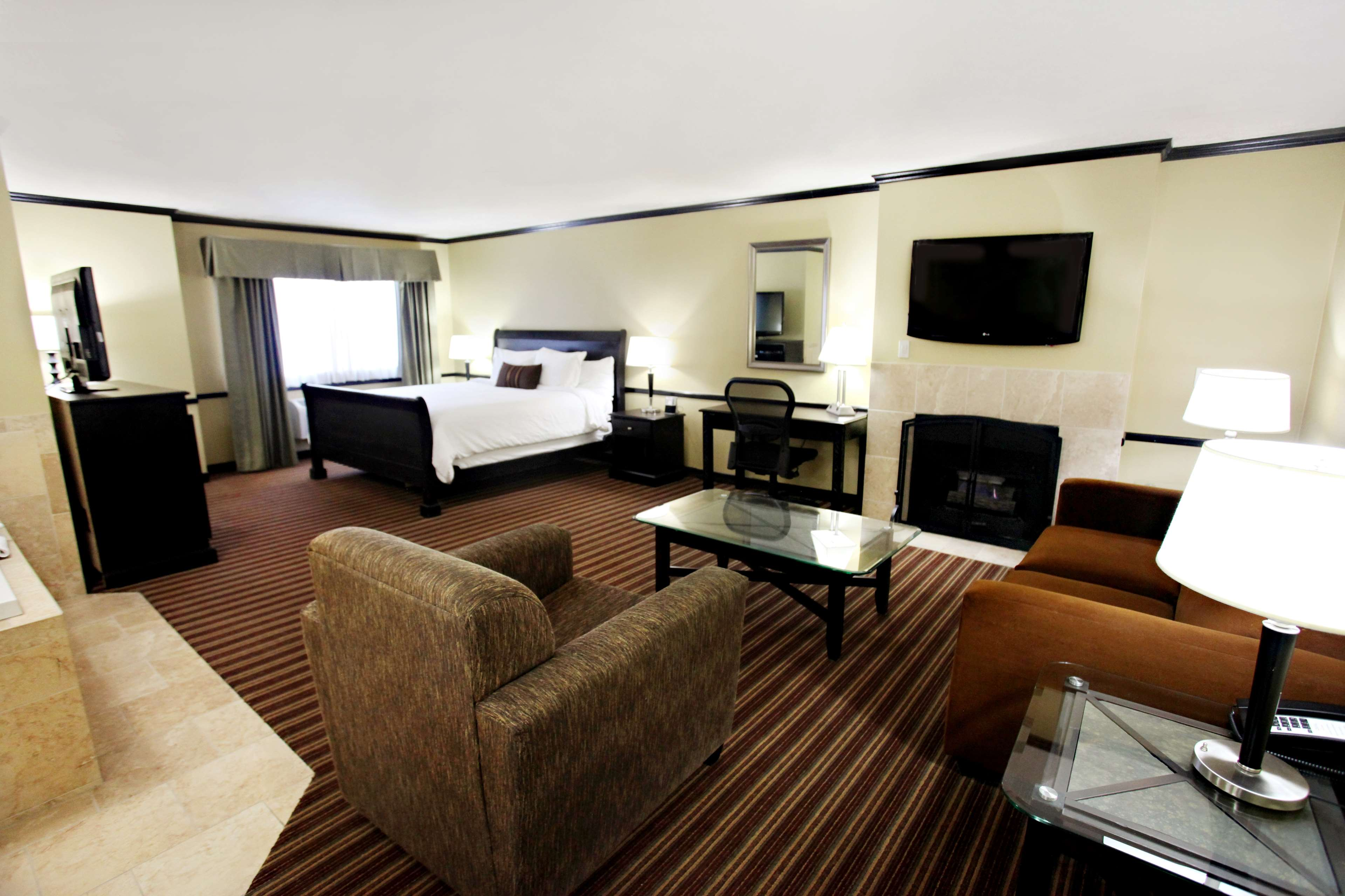 Best Western Plus Cottontree Inn Coupons Near Me In North