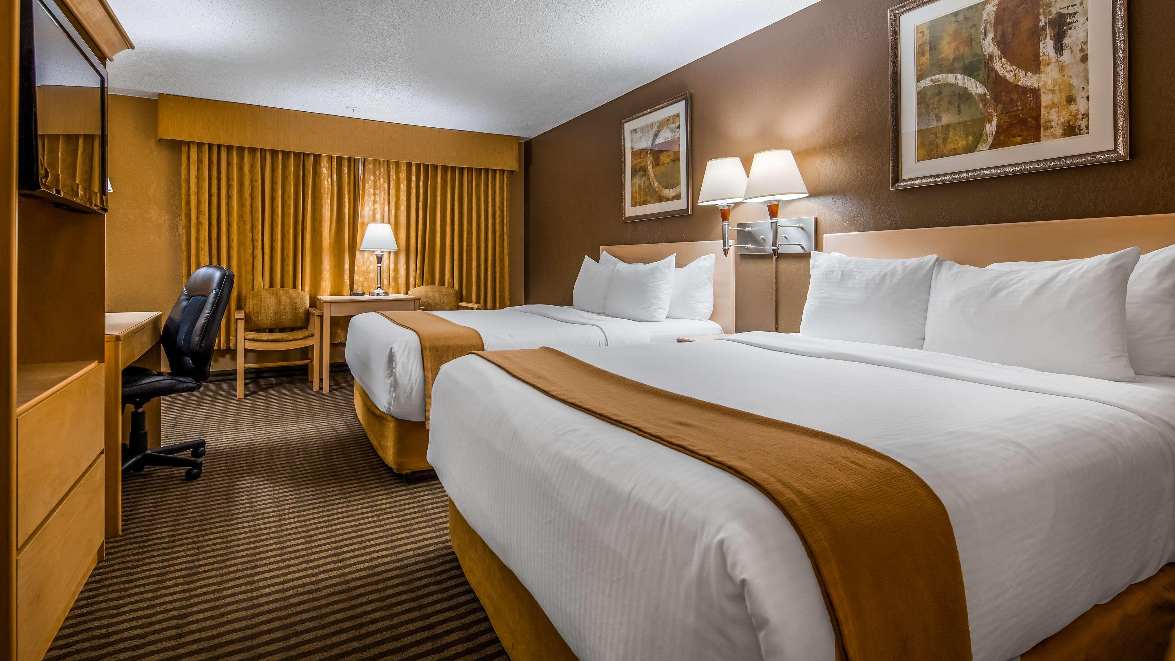 SureStay Plus Hotel by Best Western Seven Oaks in Regina: 2 Doubles