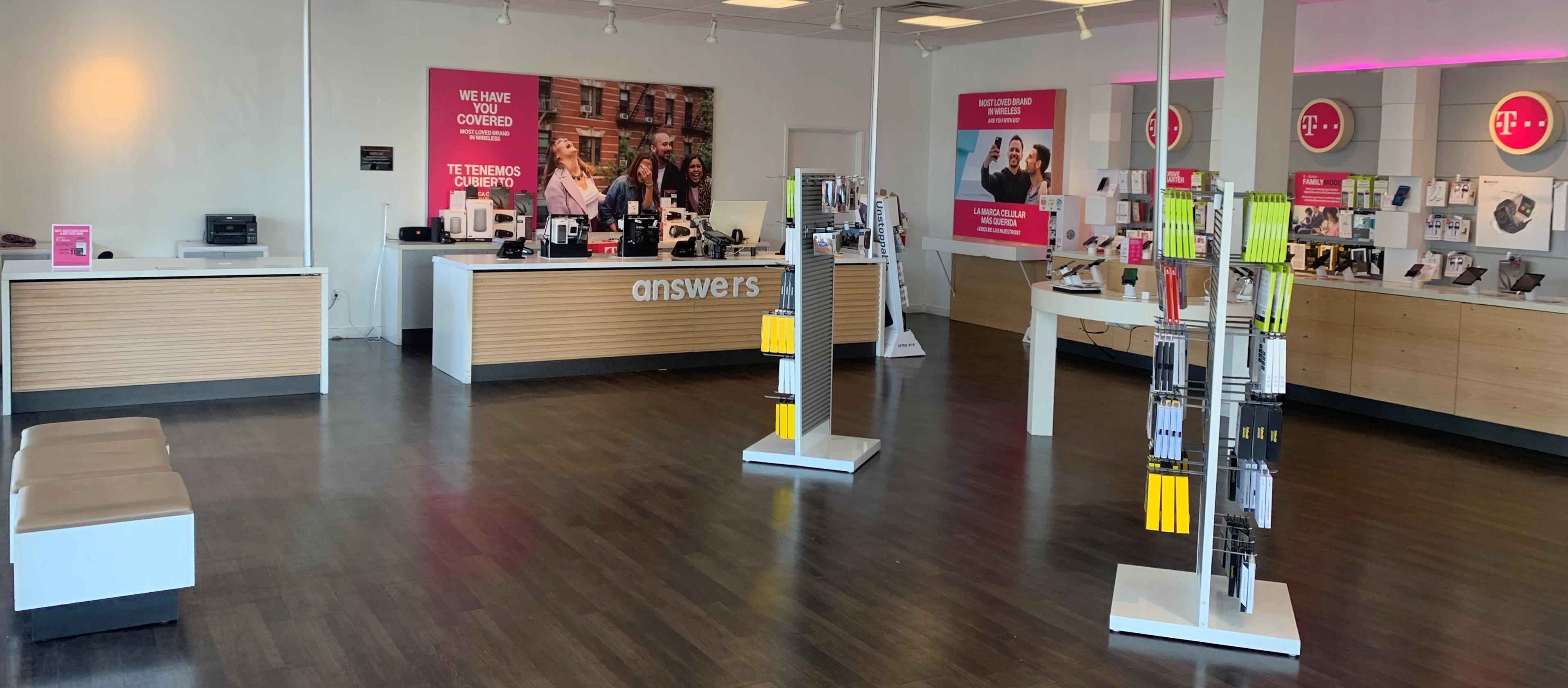 T-Mobile in Richardson, TX, photo #3
