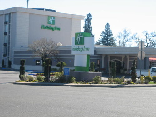 holiday inn chico closed in chico ca 95926. Black Bedroom Furniture Sets. Home Design Ideas