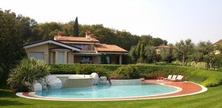 Soldi piscine costruzione manutenzione piscine for Quanti soldi ci vuole per costruire una casa