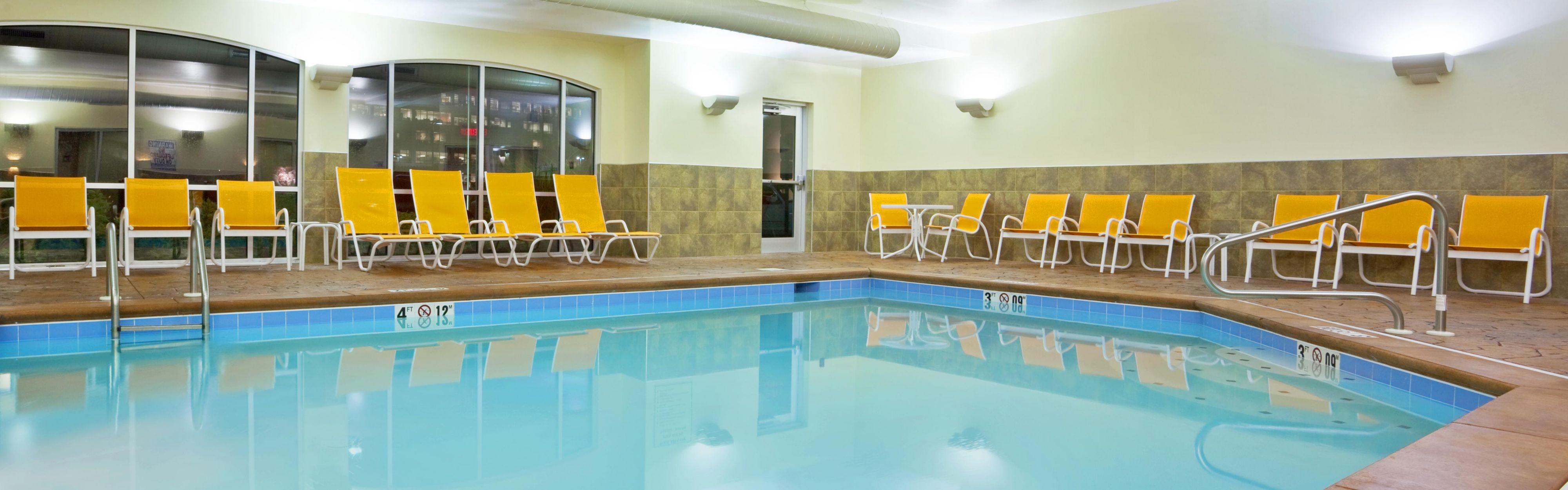 Holiday Inn Express Suites Cincinnati Mason Mason