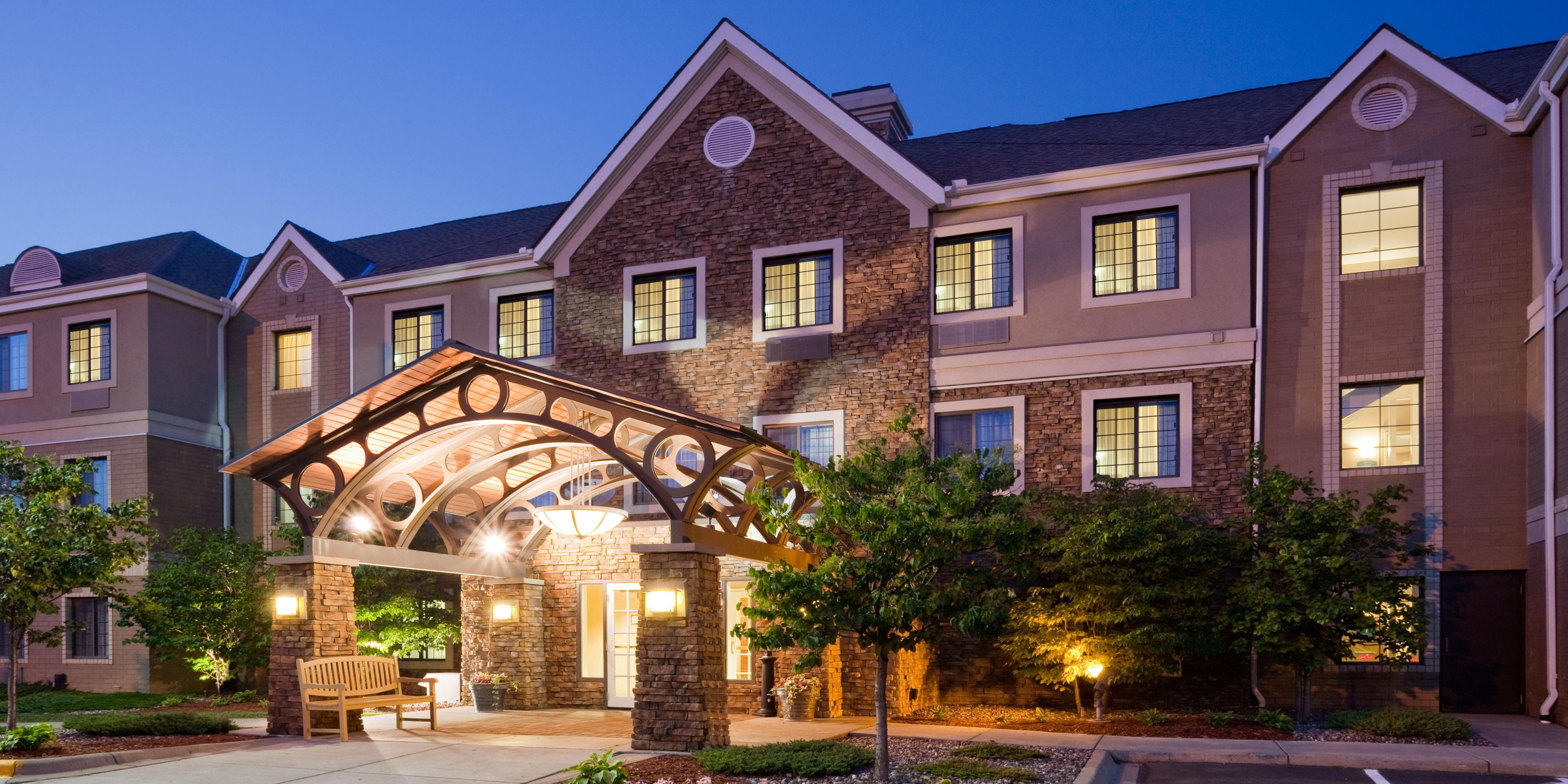 Hotels Near Arbor Lakes Maple Grove Mn