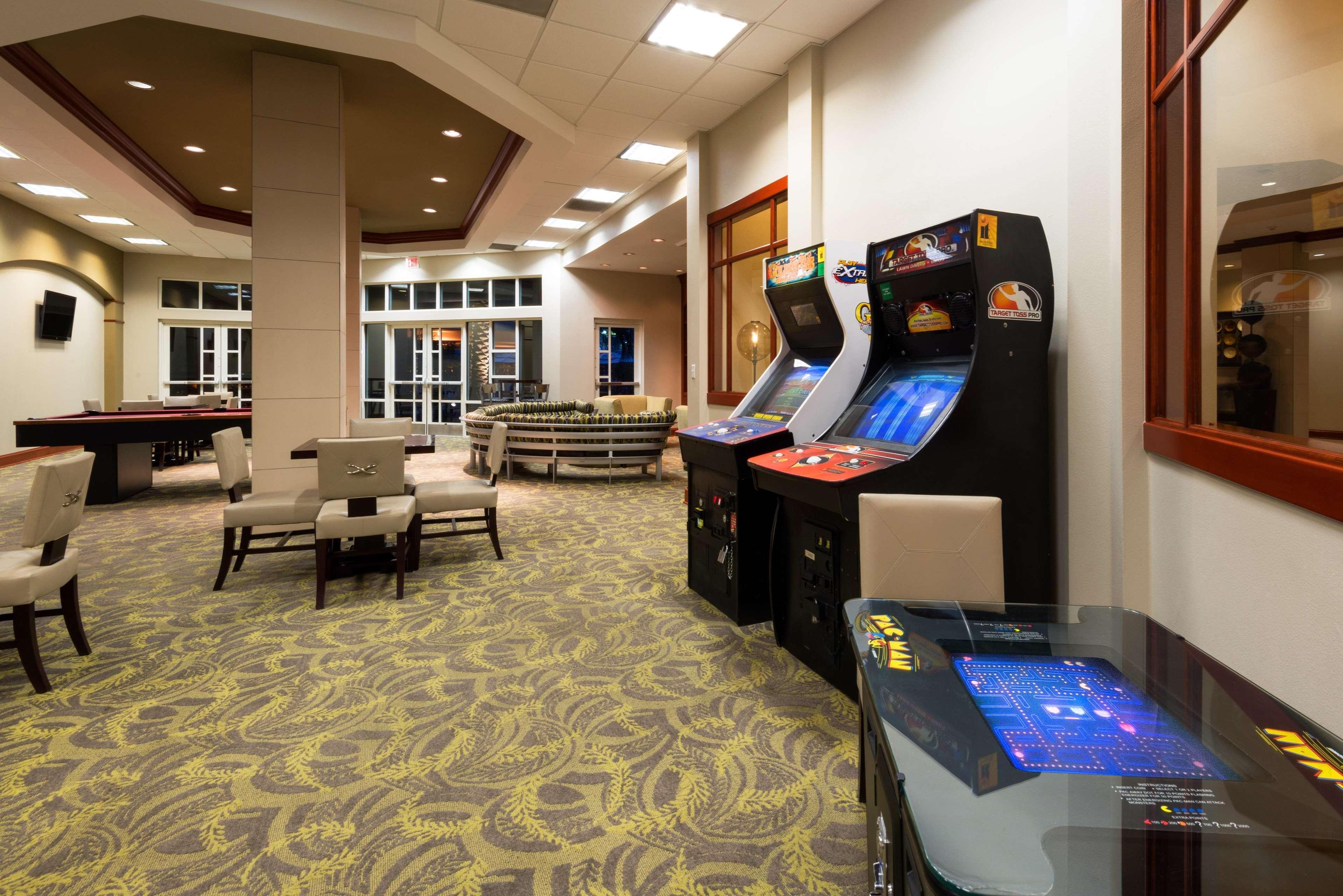 enterprise rent a car las vegas open sunday hilton grand vacations on paradise convention center. Black Bedroom Furniture Sets. Home Design Ideas