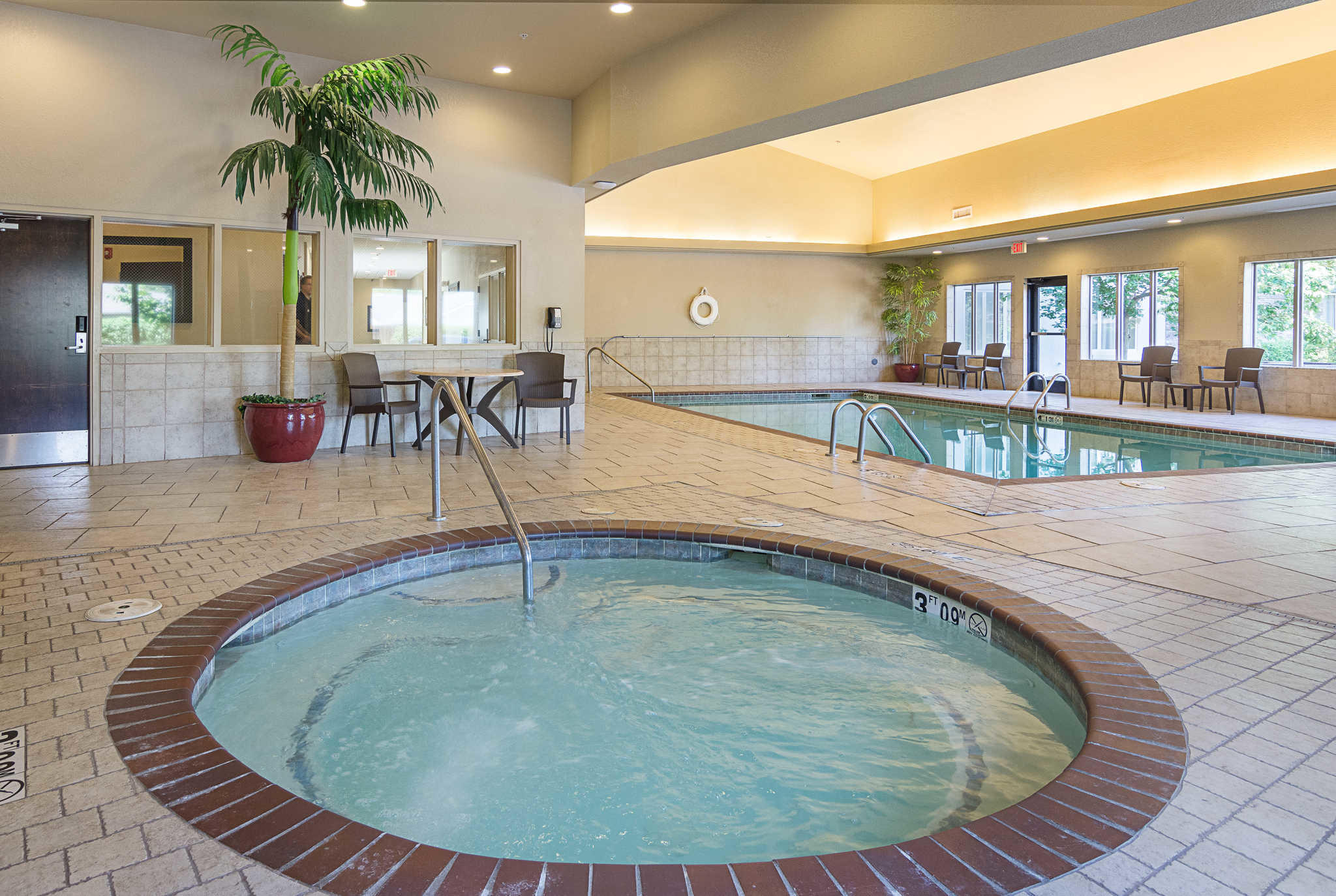 Comfort inn bentonville in bentonville ar 72712 for Bentonville pool