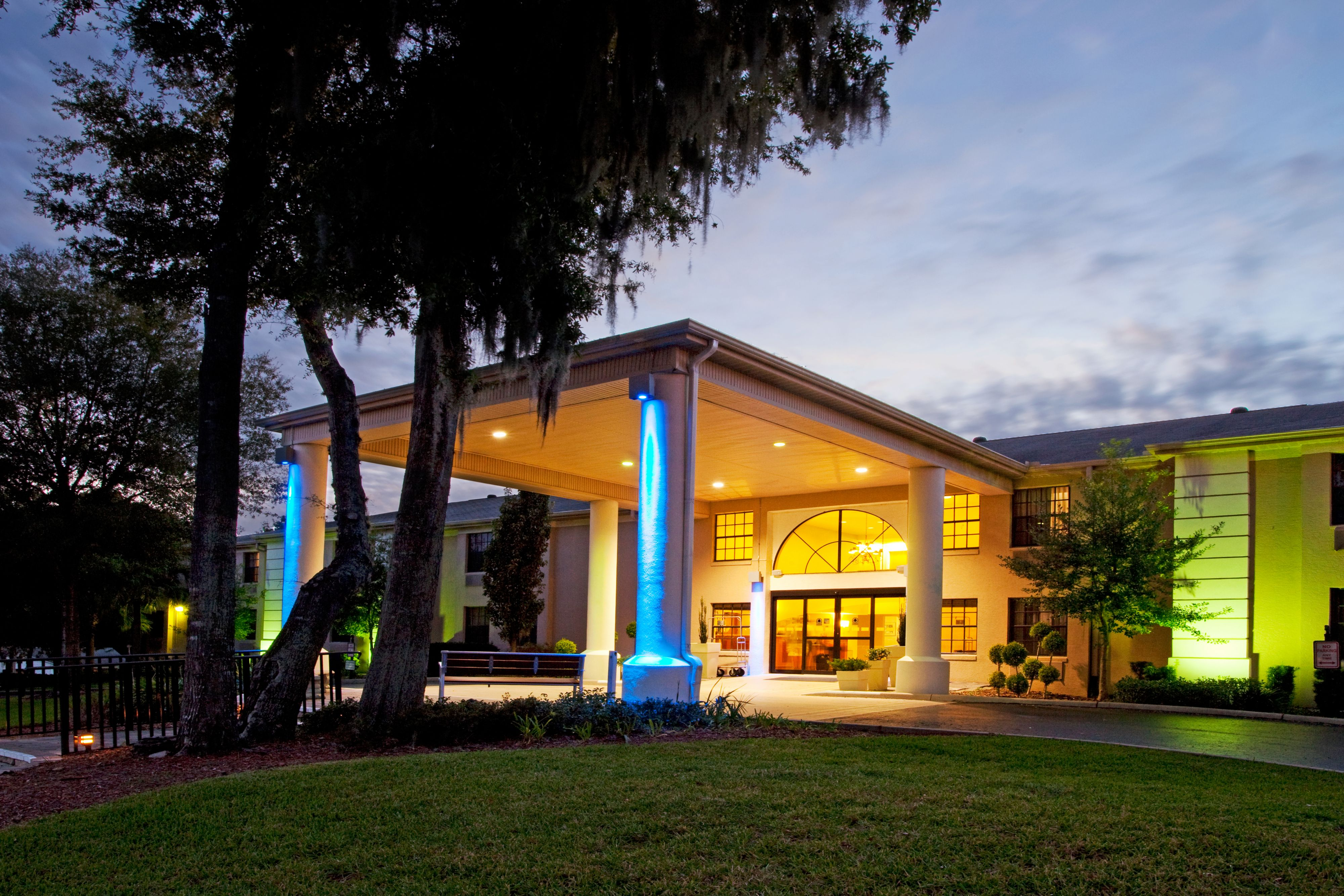 Hotels Near Oakdale Ca